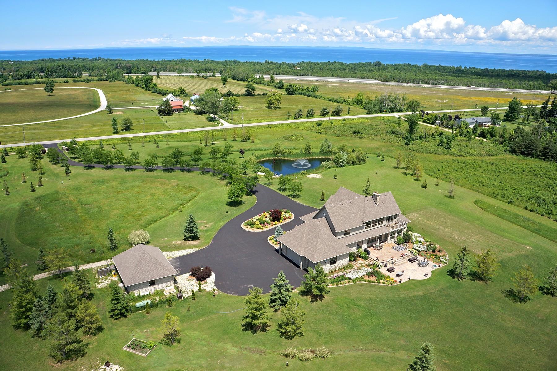 Casa Unifamiliar por un Venta en Country Estate 6827 Nottawa Side Road East Collingwood, Ontario L0M1P0 Canadá