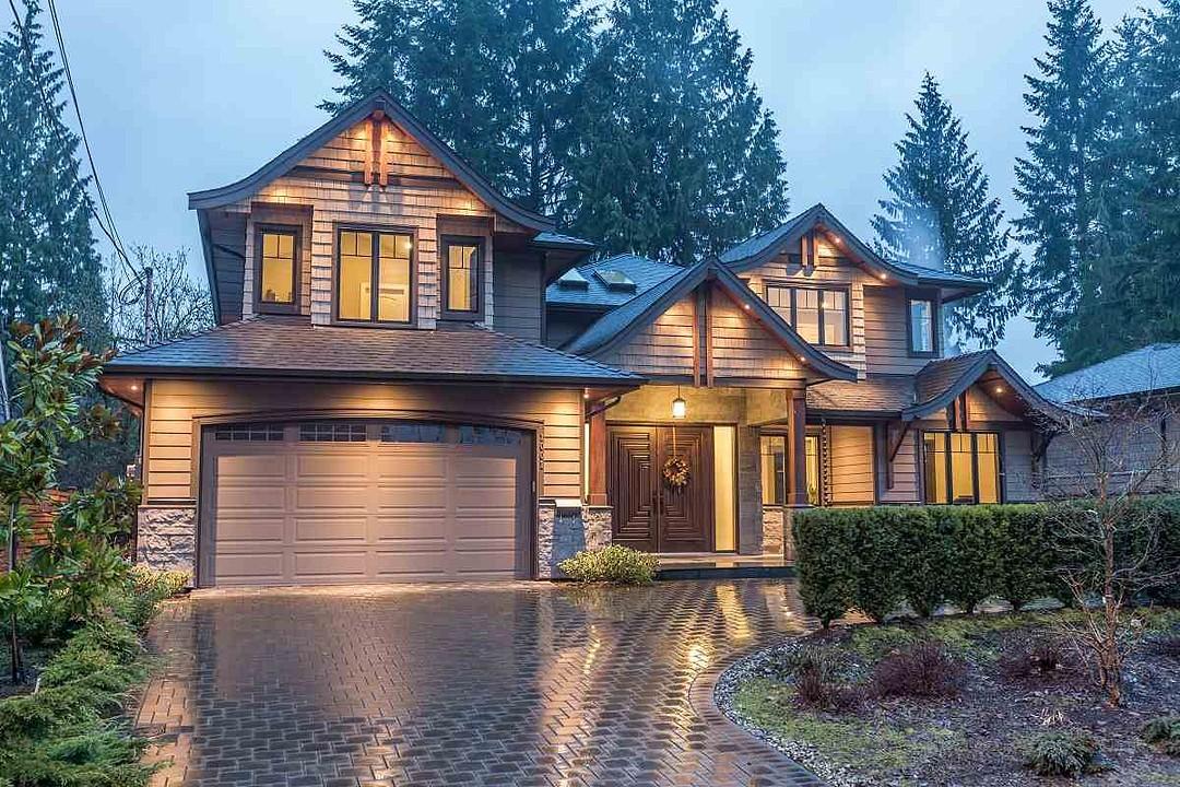Maison unifamiliale pour l Vente à North Vancouver, Greater Vancouver 1001 Prospect Avenue North Vancouver, Colombie-Britannique, V7R 2M5 Canada