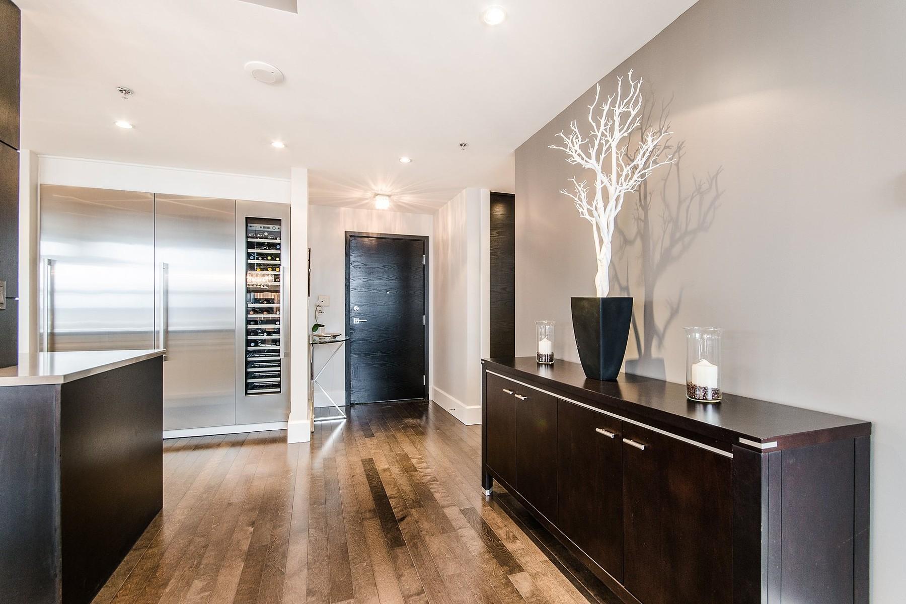 Property For Sale at Ville-Marie (Montréal), Montréal
