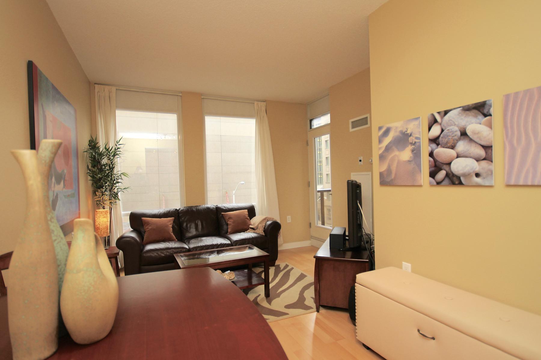 rentals property at 85 Bloor Street E 404