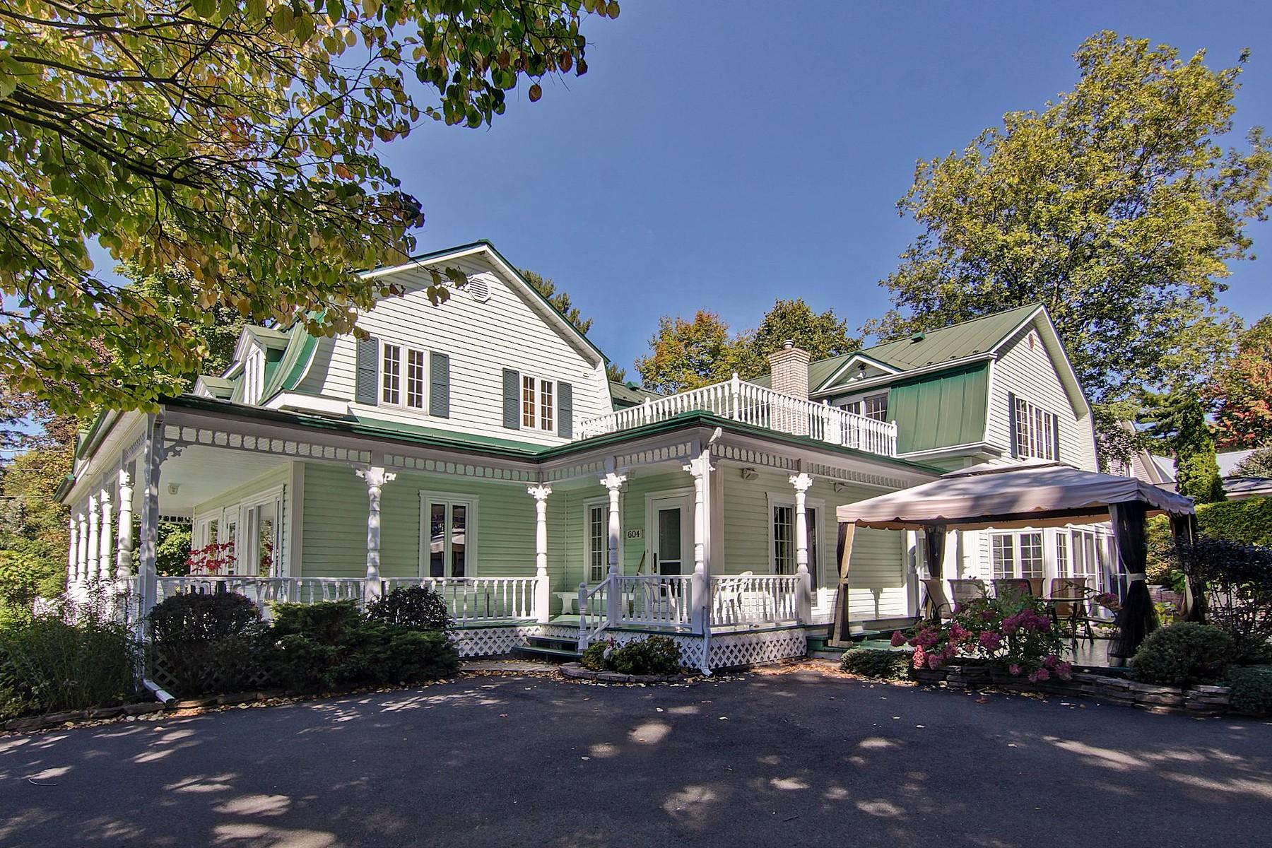 獨棟家庭住宅 為 出售 在 Richelieu, Montérégie 604 1re Rue Richelieu, 魁北克省, J3L3W3 加拿大