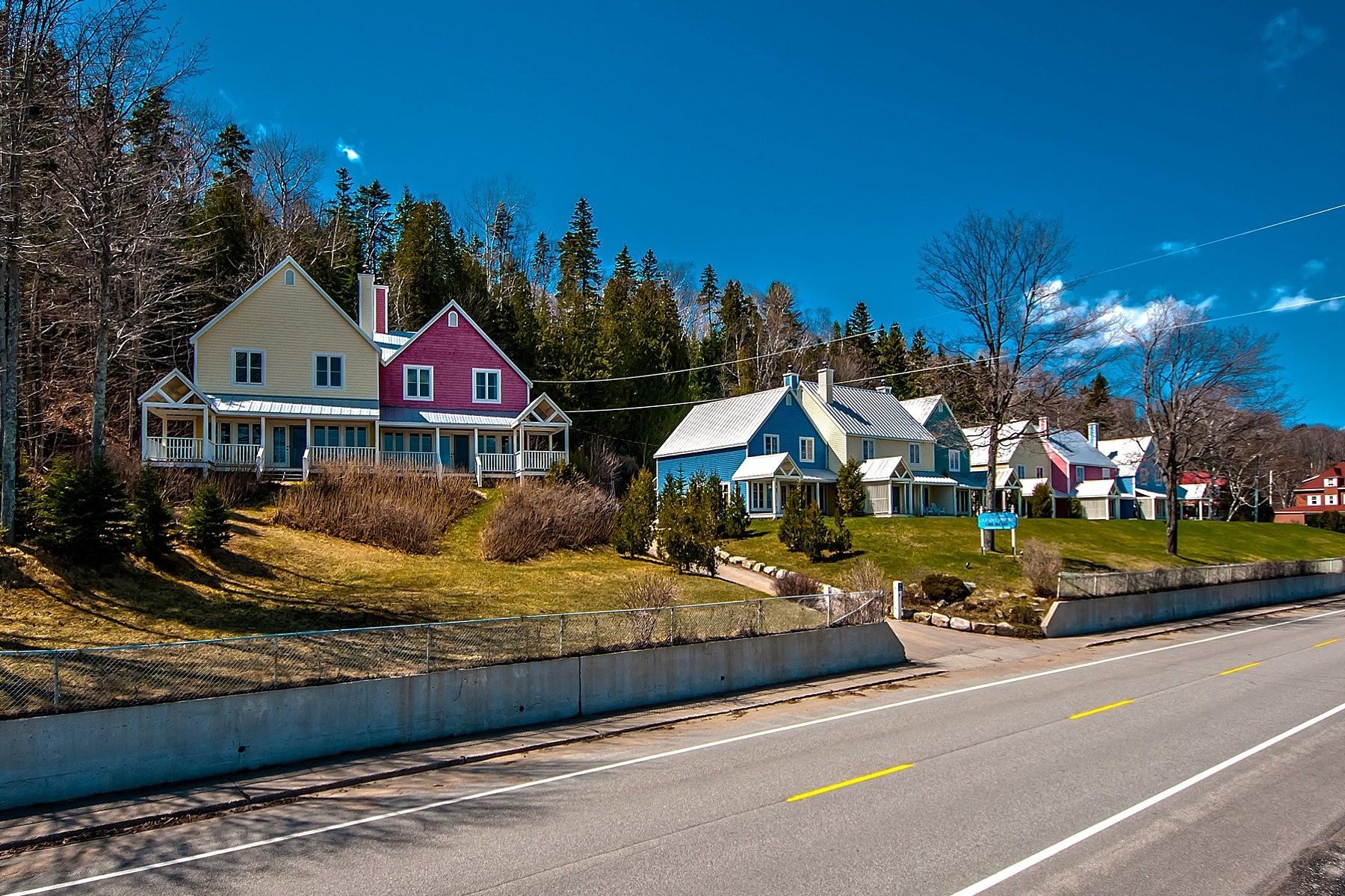 Các loại nhà khác vì Bán tại Saint-Irénée, Capitale-Nationale 290304 Ch. des Bains Saint-Irenee, Quebec G0T1V0 Canada