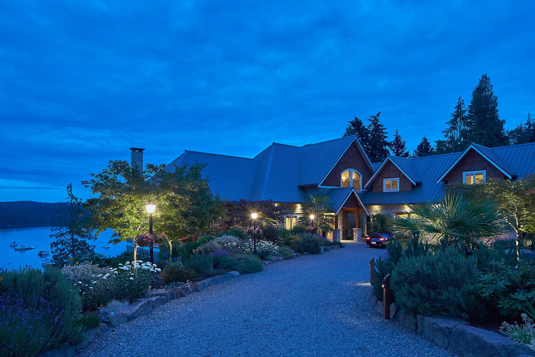 단독 가정 주택 용 매매 에 Stately Oceanfront Villa 133 Alders Avenue Salt Spring Island, 브리티시 컬럼비아주, V8K 2K5 캐나다
