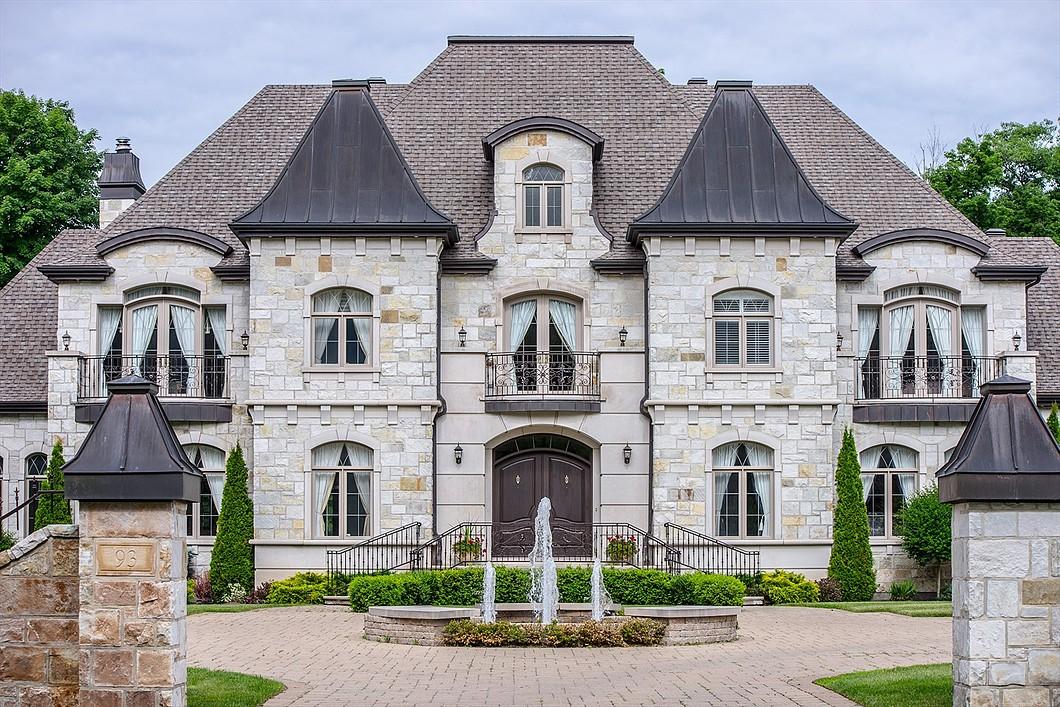 Casa Unifamiliar por un Venta en Hudson, Montérégie 93 Rue d'Oxford Hudson, Quebec J0P1H0 Canadá