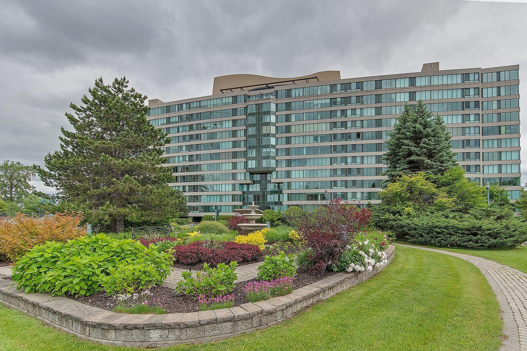 Maison unifamiliale pour l Vente à Chomedey, Laval 4450 Prom. Paton, Apt. S-06 Chomedey, Québec, H7W5J7 Canada