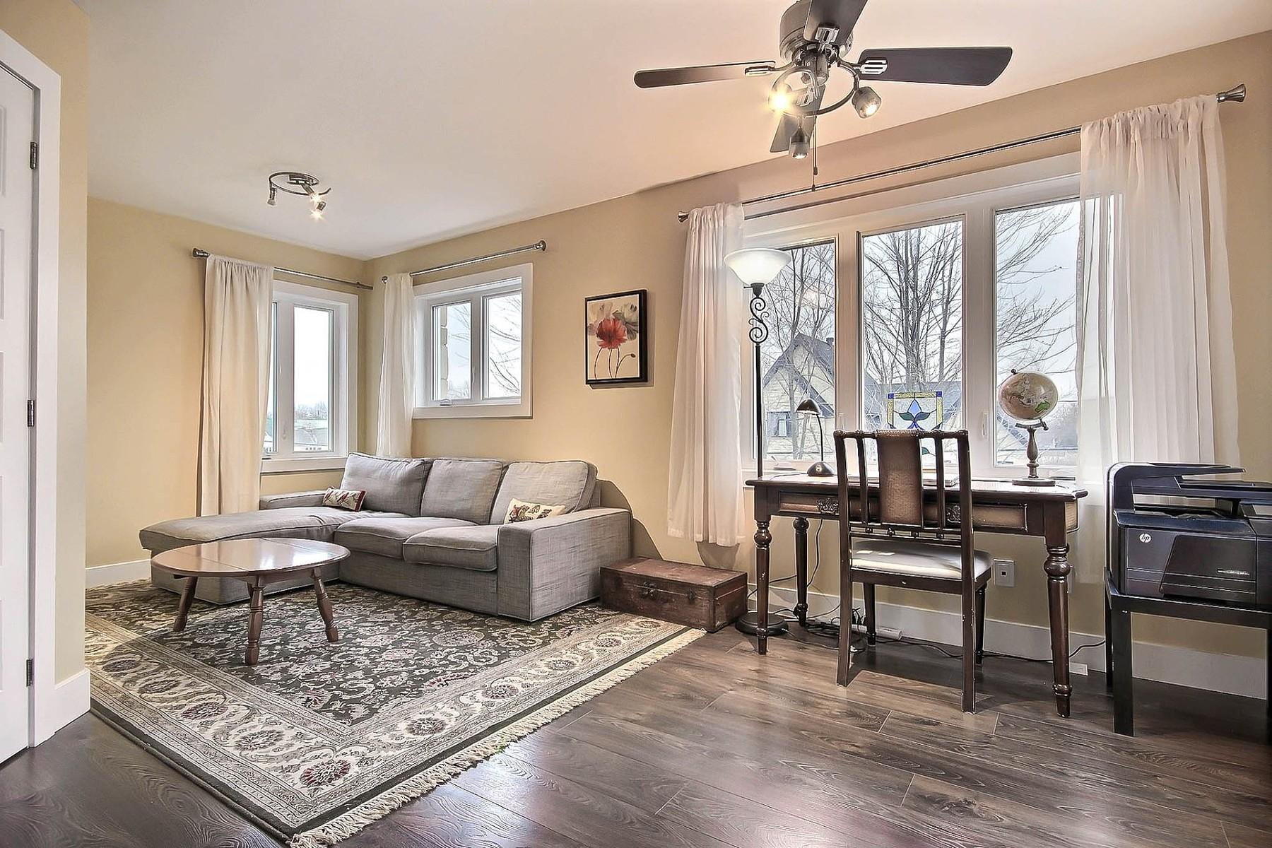 Additional photo for property listing at Carignan, Montérégie 2338 Rue Gertrude Carignan, Quebec J3L4H1 Canada