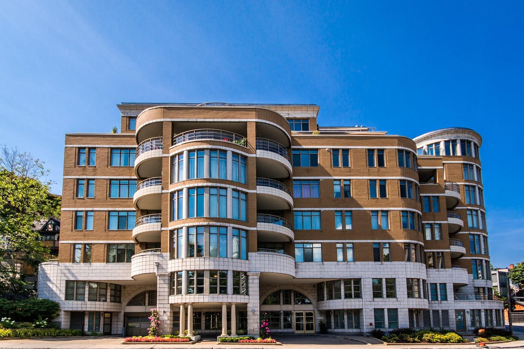 Condomínio para Venda às Ville-Marie (Montréal), Montréal 1605 Av. du Docteur-Penfield, Apt. 201 Montreal, Quebec H3H1B2 Canadá