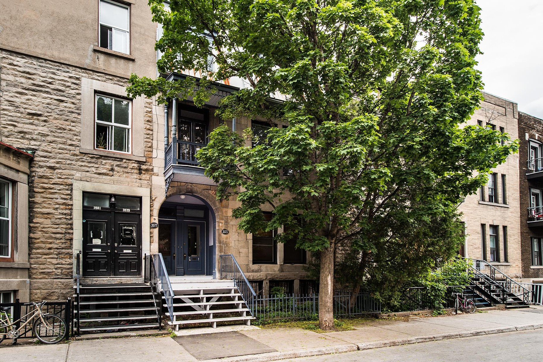 Maison unifamiliale pour l Vente à Le Plateau-Mont-Royal (Montréal), Montréal 3575 Rue Aylmer Montreal, Québec H2X2B9 Canada