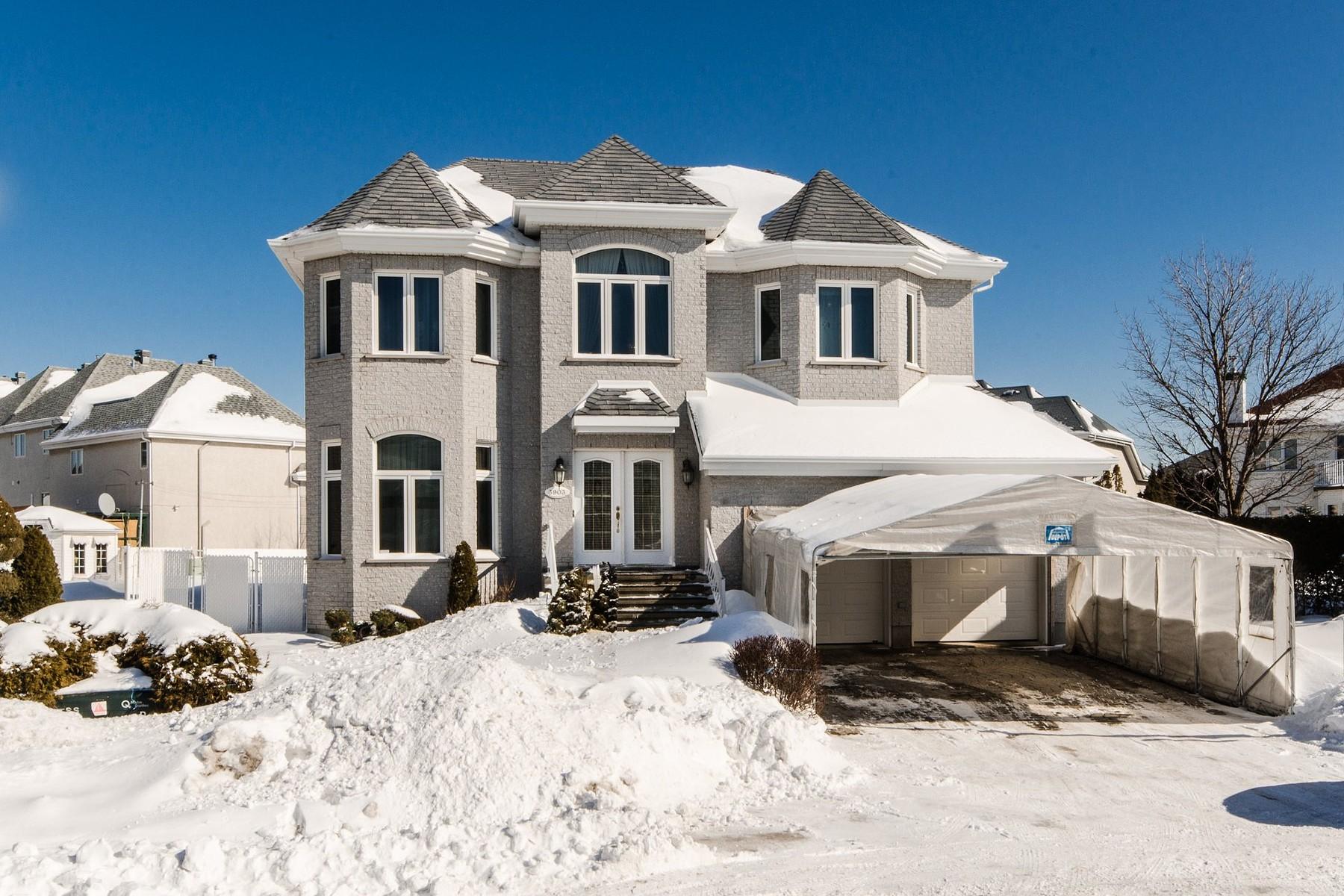 Casa para uma família para Venda às Duvernay (Laval), Laval 3903 Rue de la Princesse Duvernay, Quebec, H7E5K2 Canadá