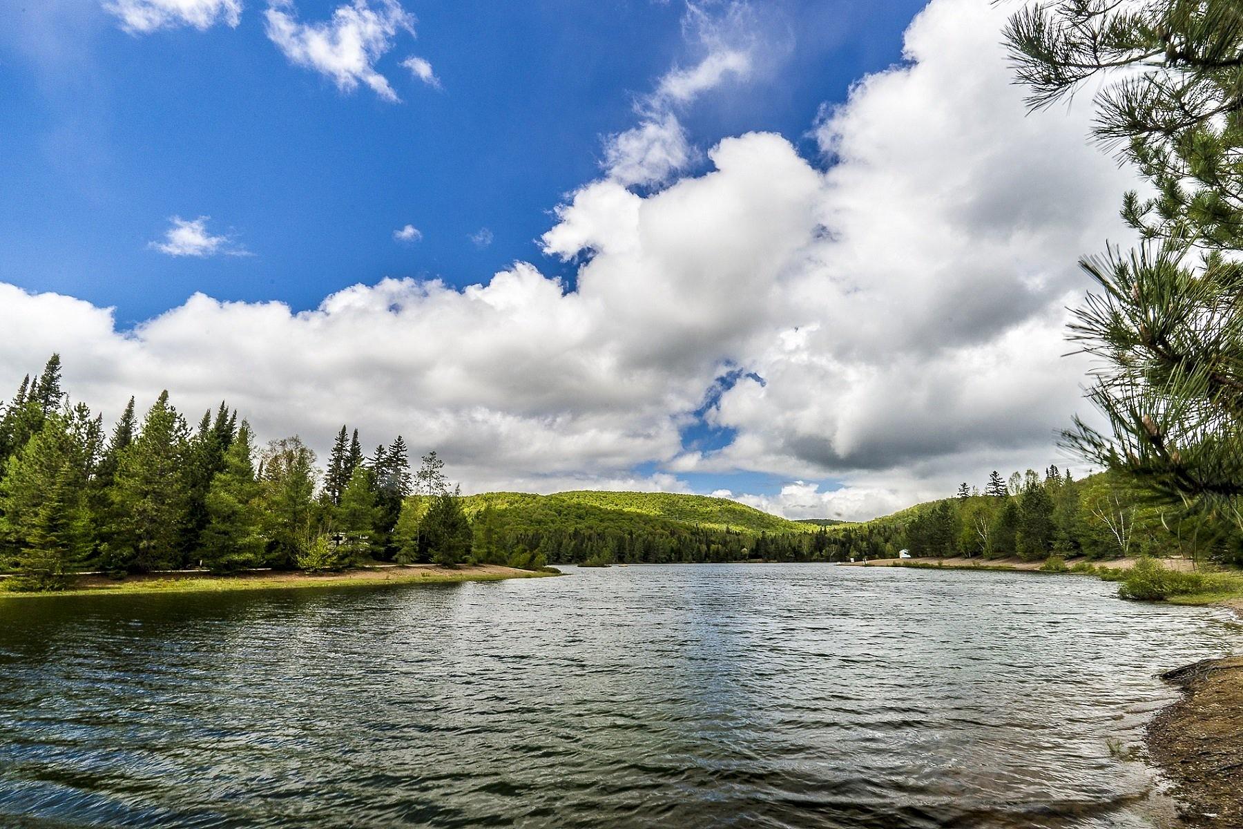 Property For Sale at Ivry-sur-le-Lac, Laurentides