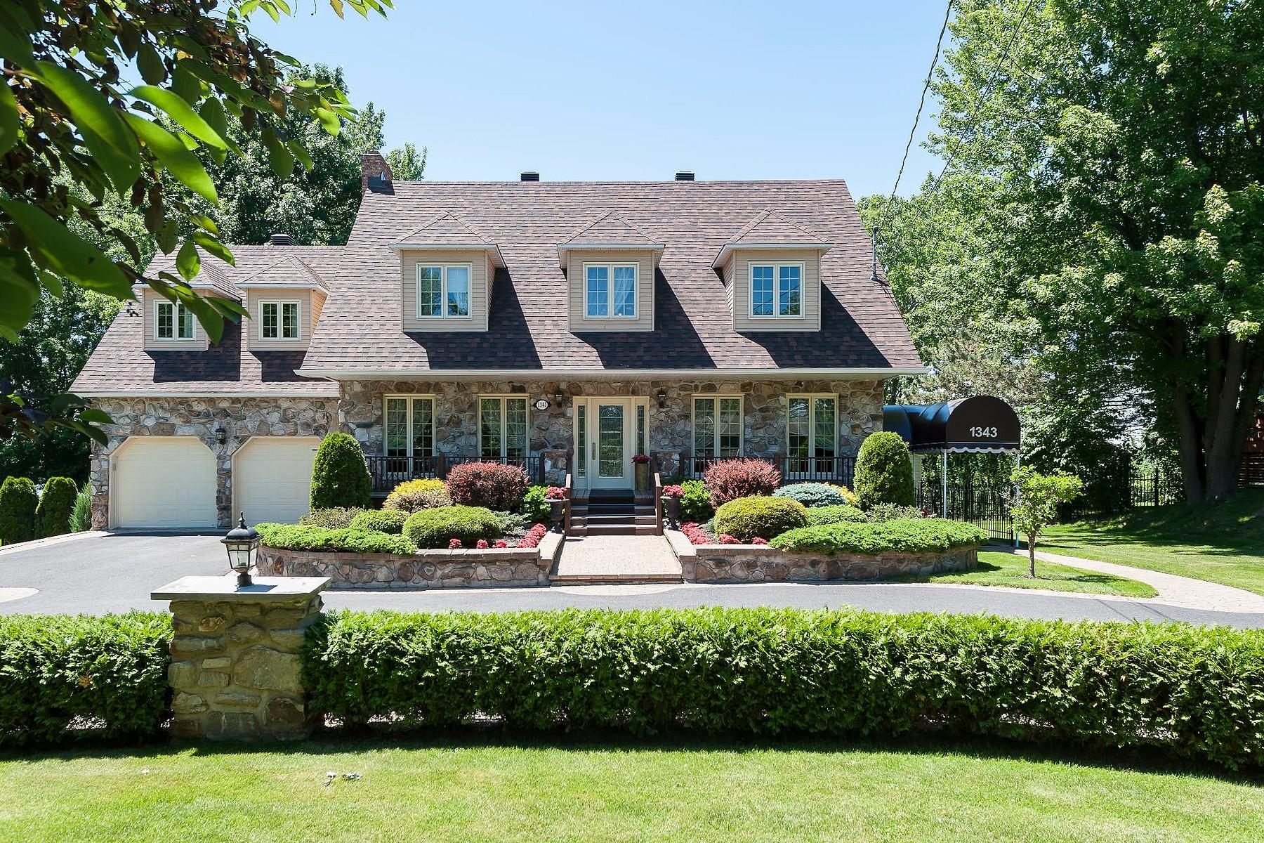 Single Family Home for Sale at Mont-Saint-Hilaire, Montérégie 1343 Ch. des Patriotes N. Mont-Saint-Hilaire, Quebec J3G4S6 Canada