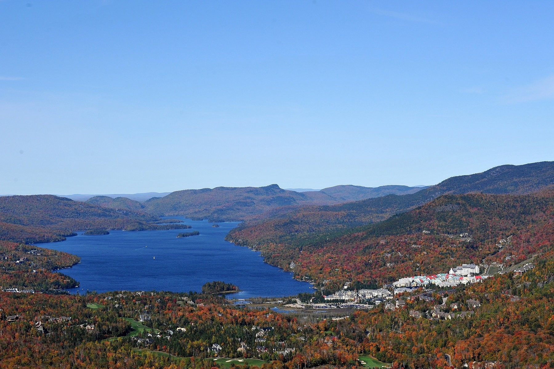 sales property at Lac-Tremblant-Nord, Laurentides