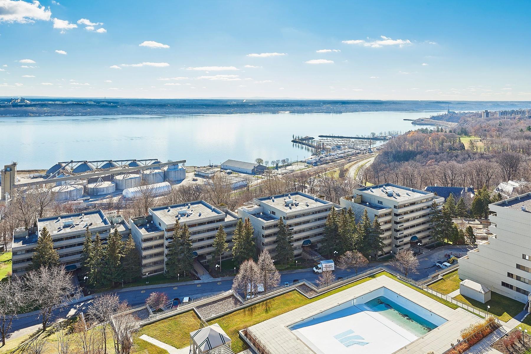 Property For Sale at Fleuve Transversale 17e étage