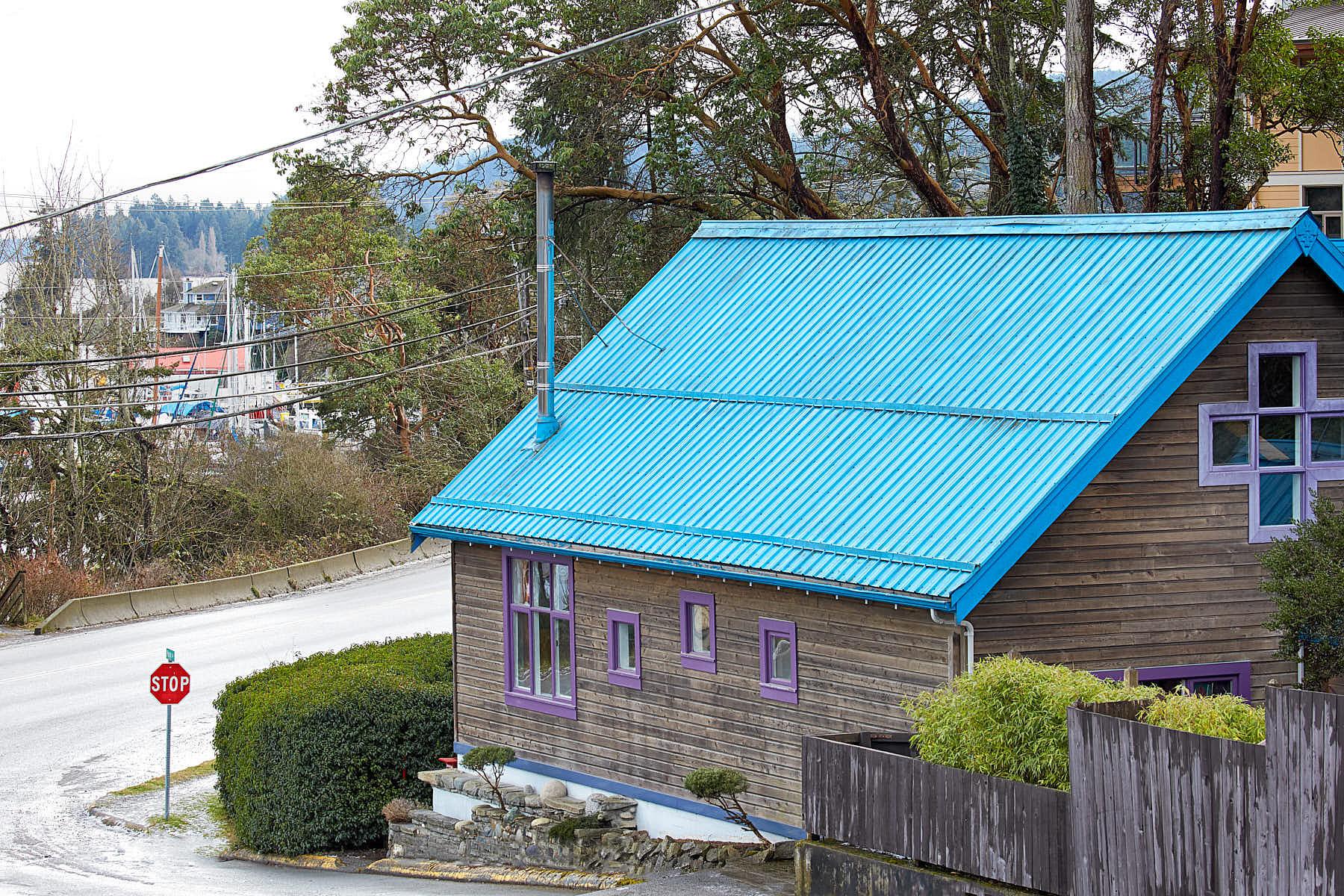 Частный односемейный дом для того Продажа на Studio Living 103 Park Drive Salt Spring Island, Британская Колумбия, V8K 2R7 Канада
