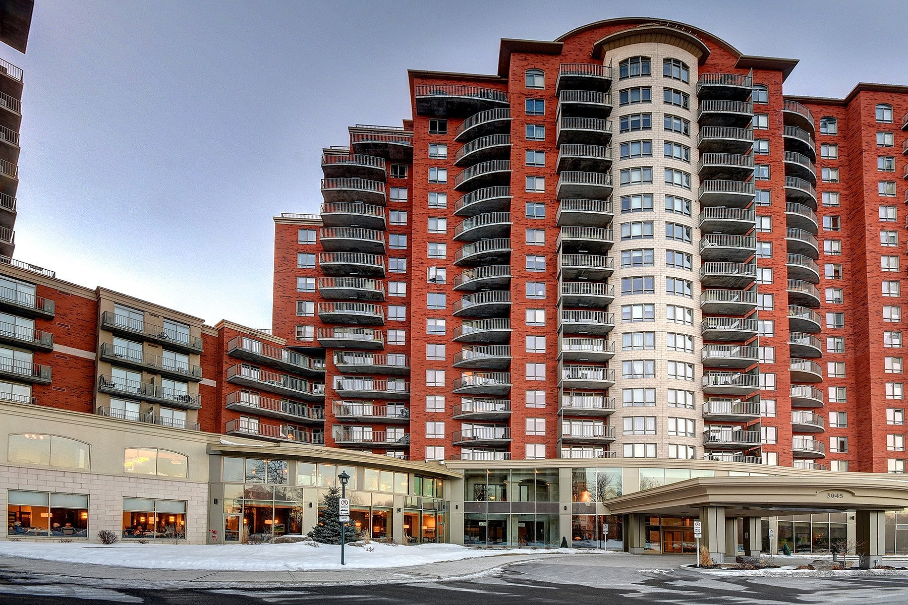 sales property at Chomedey (Laval), Laval