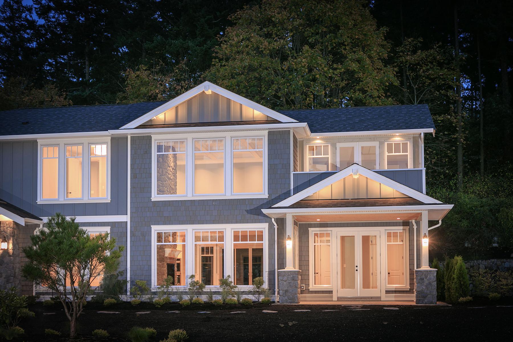 Maison unifamiliale pour l Vente à Luxurious New Custom Home Victoria, Colombie-Britannique V8N 4J4 Canada