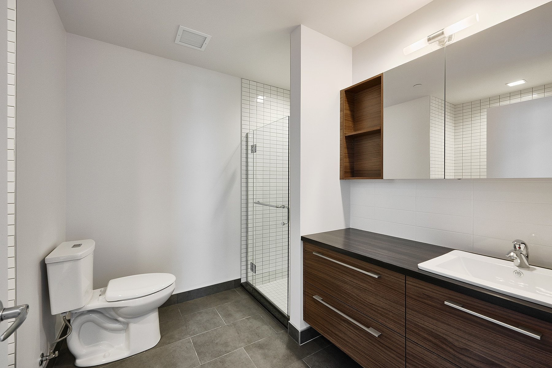Additional photo for property listing at La Cité, Capitale-Nationale 775 Av. Ernest-Gagnon, Apt. 505 Other Quebec, Quebec G1S0B8 Canada