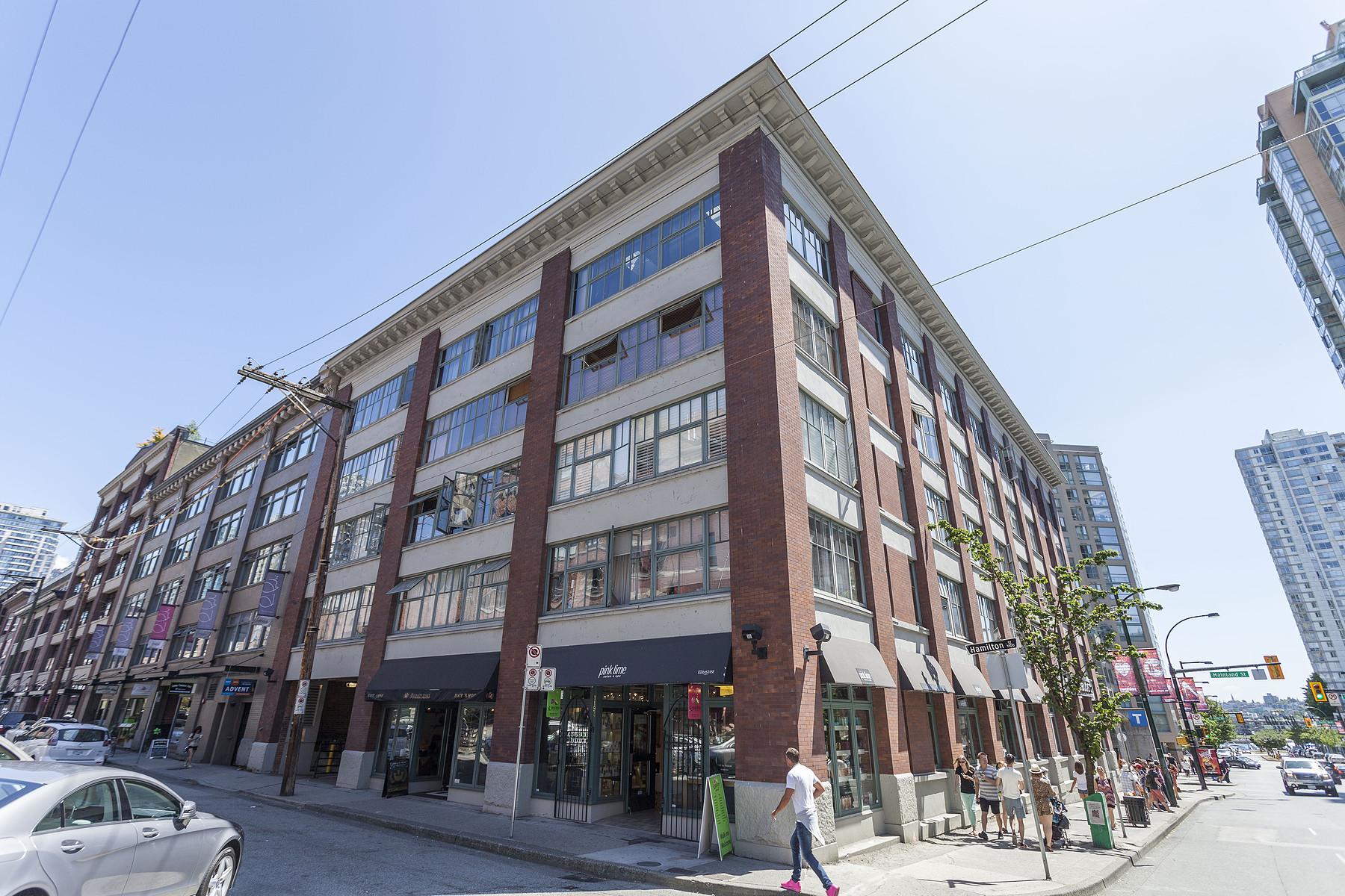 단독 가정 주택 용 매매 에 Vancouver, Greater Vancouver 401 1178 HAMILTON ST Vancouver, 브리티시 컬럼비아주 V6B 2S2 캐나다