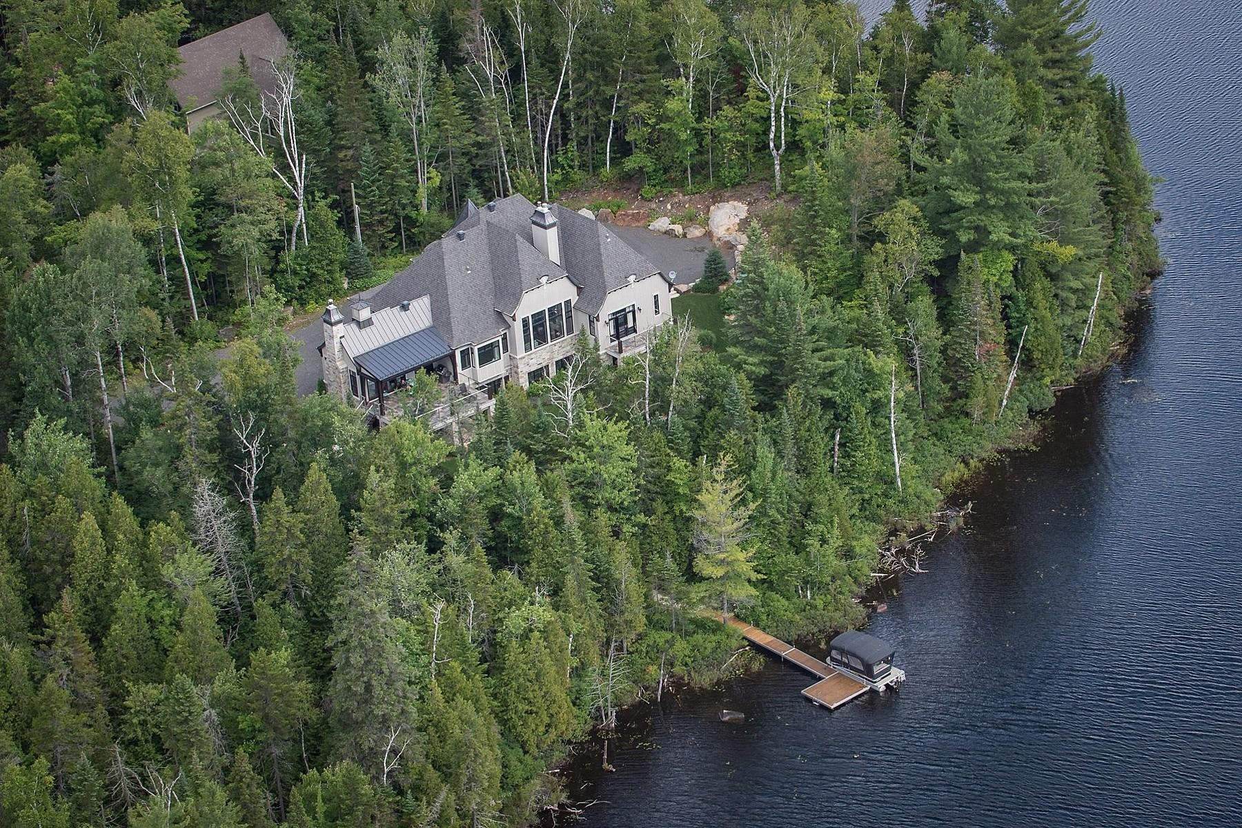 sales property at Sainte-Marguerite-du-Lac-Masson, Laurentides