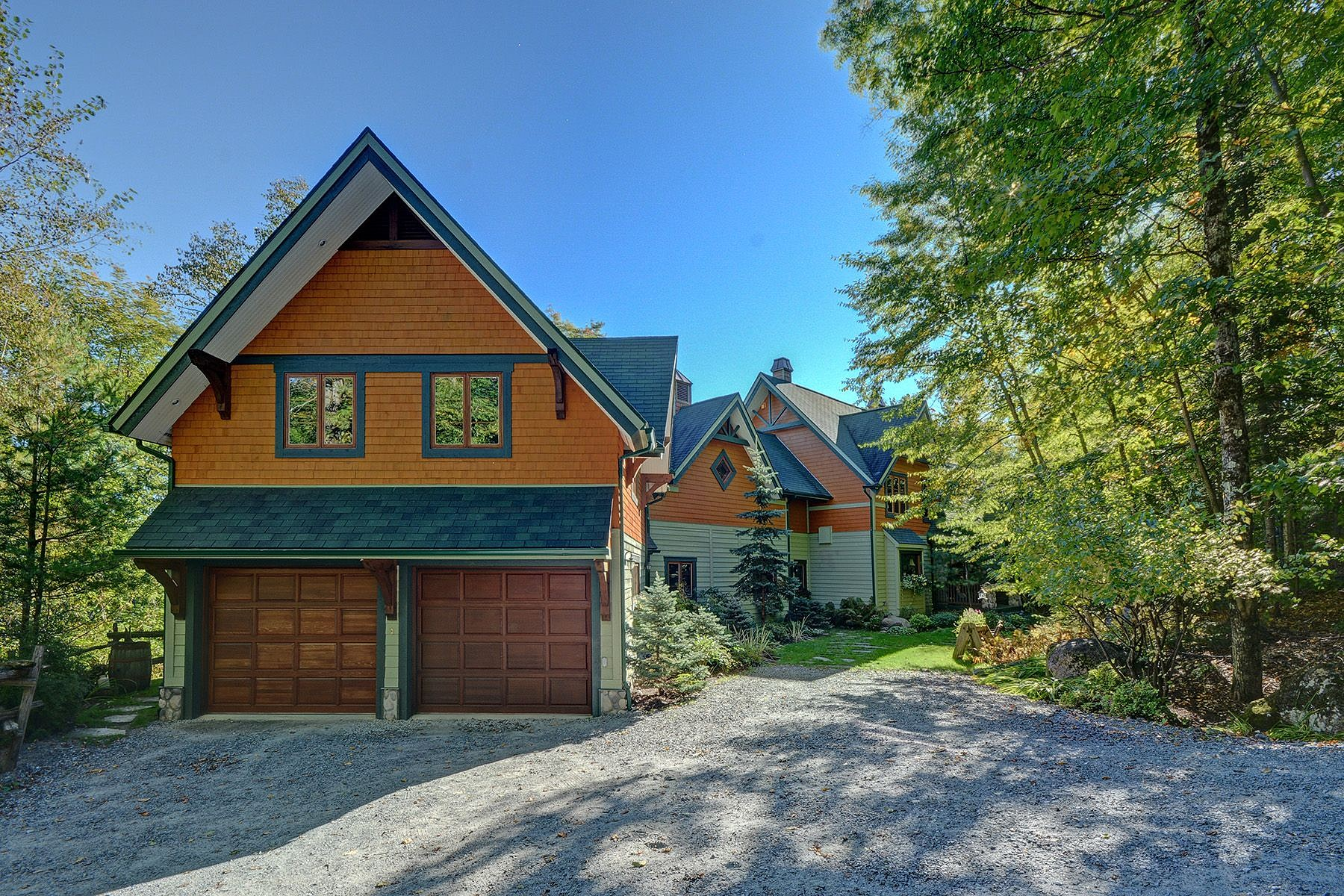 Other Residential for Sale at Mont-Tremblant, Laurentides 137 Ch. du Belvédère Mont-Tremblant, Quebec J8E1Z0 Canada
