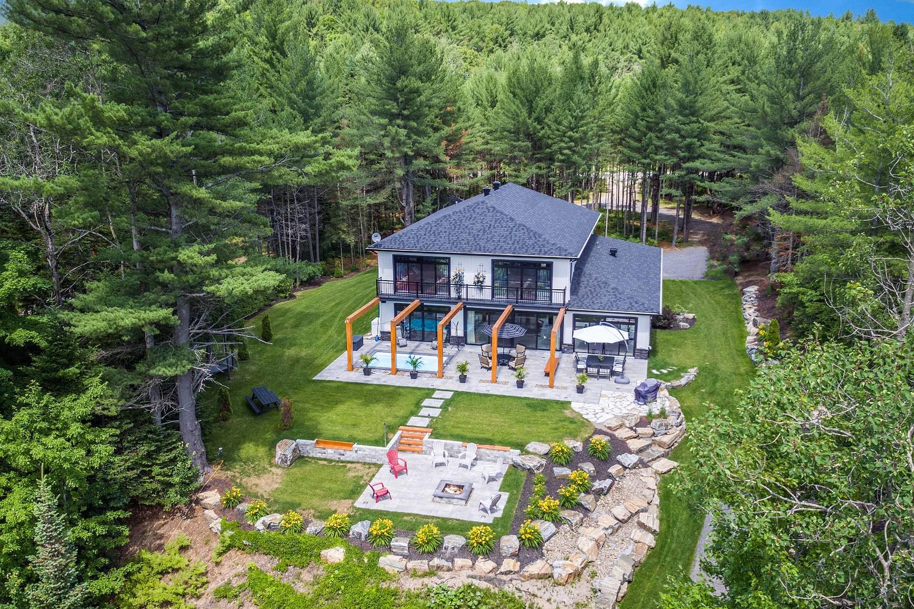 Maison unifamiliale pour l Vente à Rawdon, Lanaudière 6455 Boul. Pontbriand Rawdon, Québec, J0K1S0 Canada