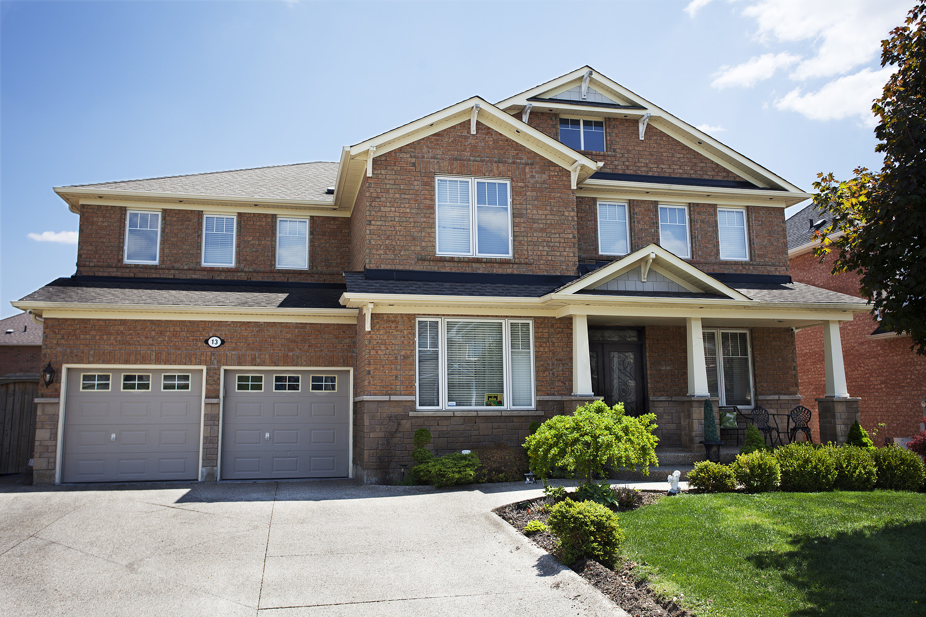 Single Family Home for Sale at Stunning Home in Castlemore 13 Valleywest Road Brampton, Ontario, L6P 2J9 Canada
