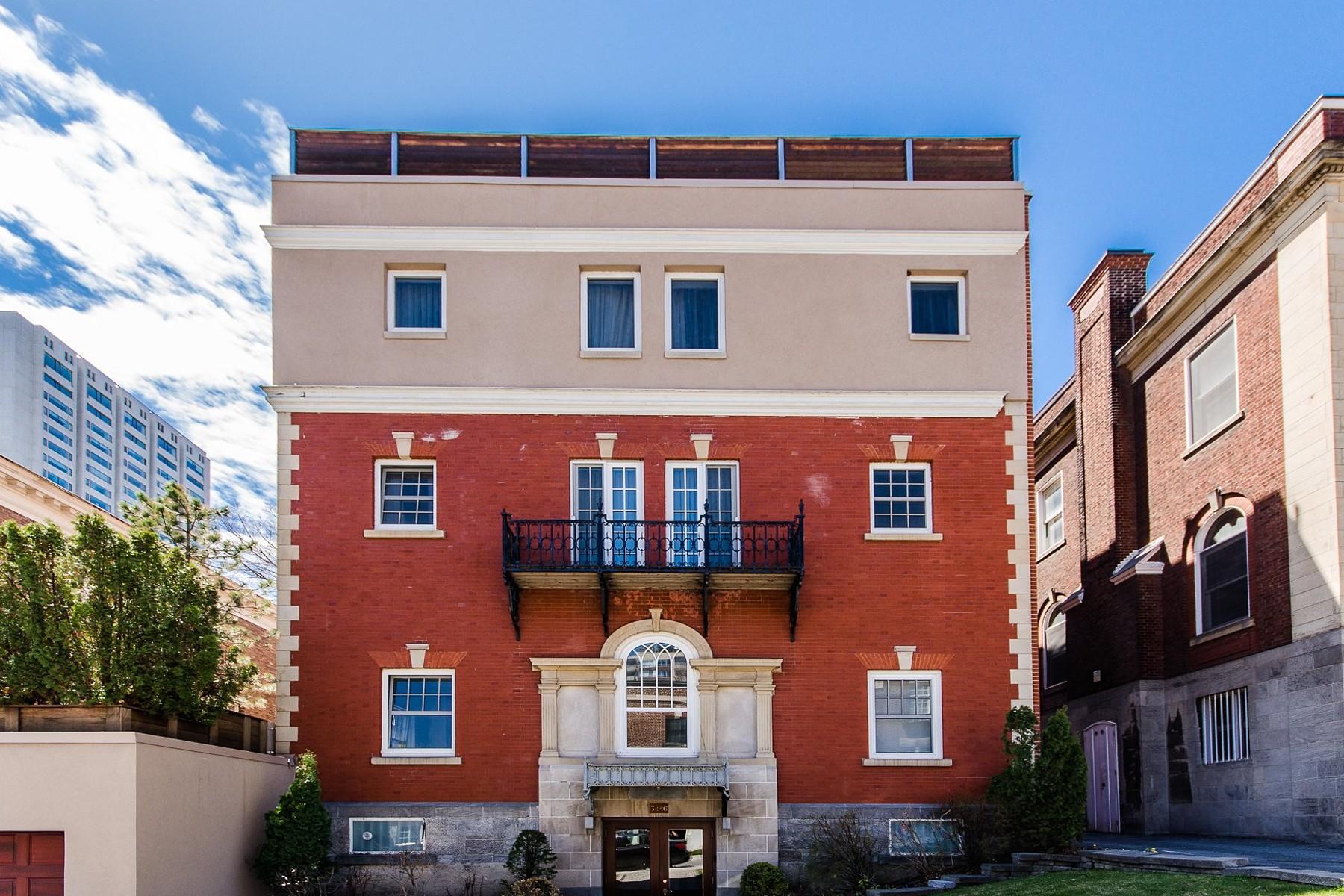 Condominium for Sale at Ville-Marie (Montréal), Montréal 3446 Av. du Musée, Apt. 2 Montreal, Quebec H3G2C7 Canada