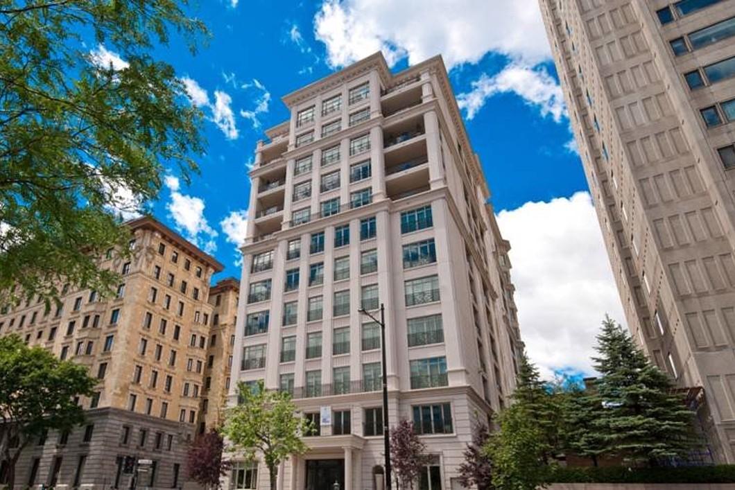 一戸建て のために 売買 アット Ville-Marie (Montréal), Montréal 1485 Rue Sherbrooke O., Apt. 2C Montreal, ケベック H3G0A3 カナダ