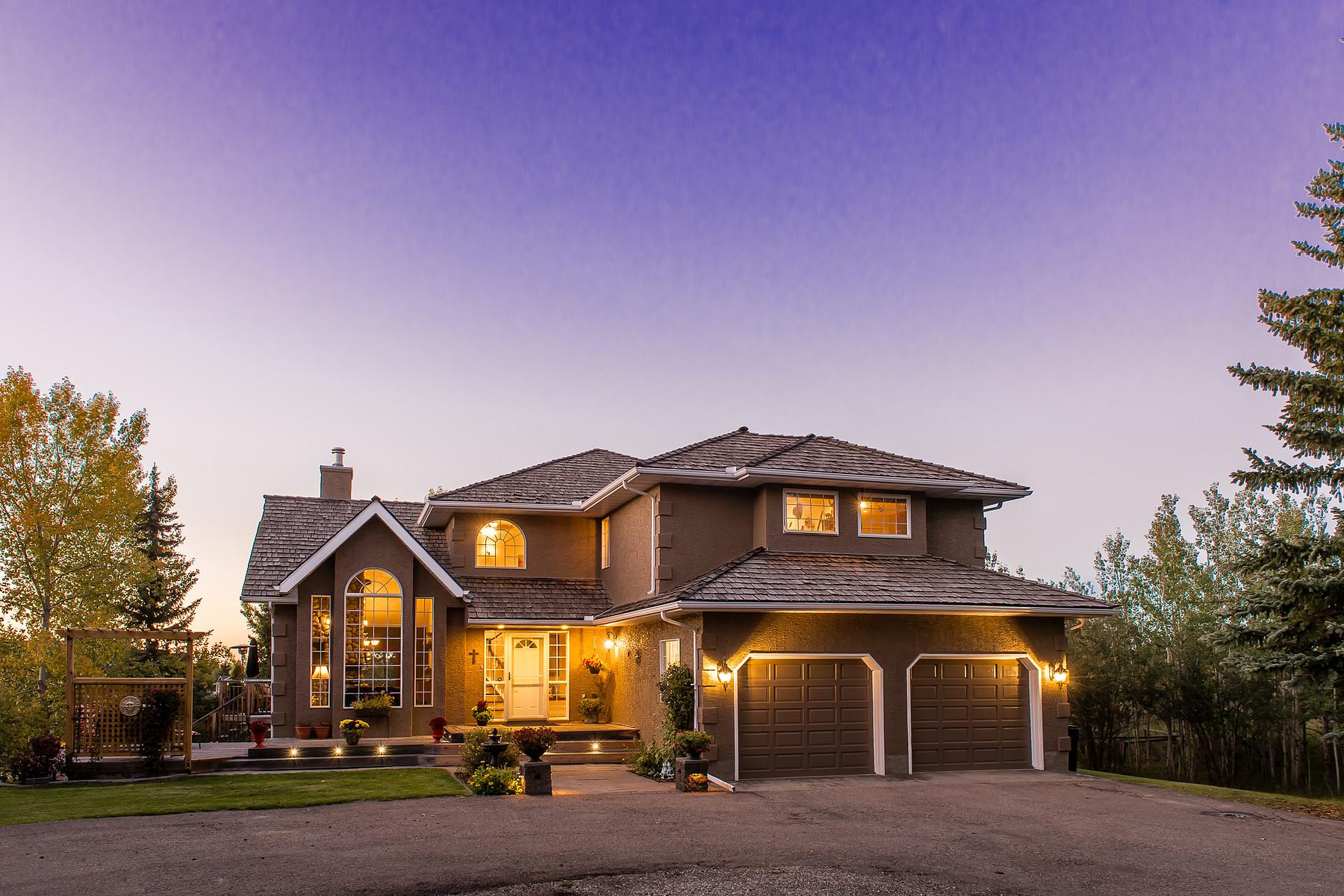 Einfamilienhaus für Verkauf beim Bearspaw Acreage 25204 Burma Road Calgary, Alberta, T3R 1B7 Kanada
