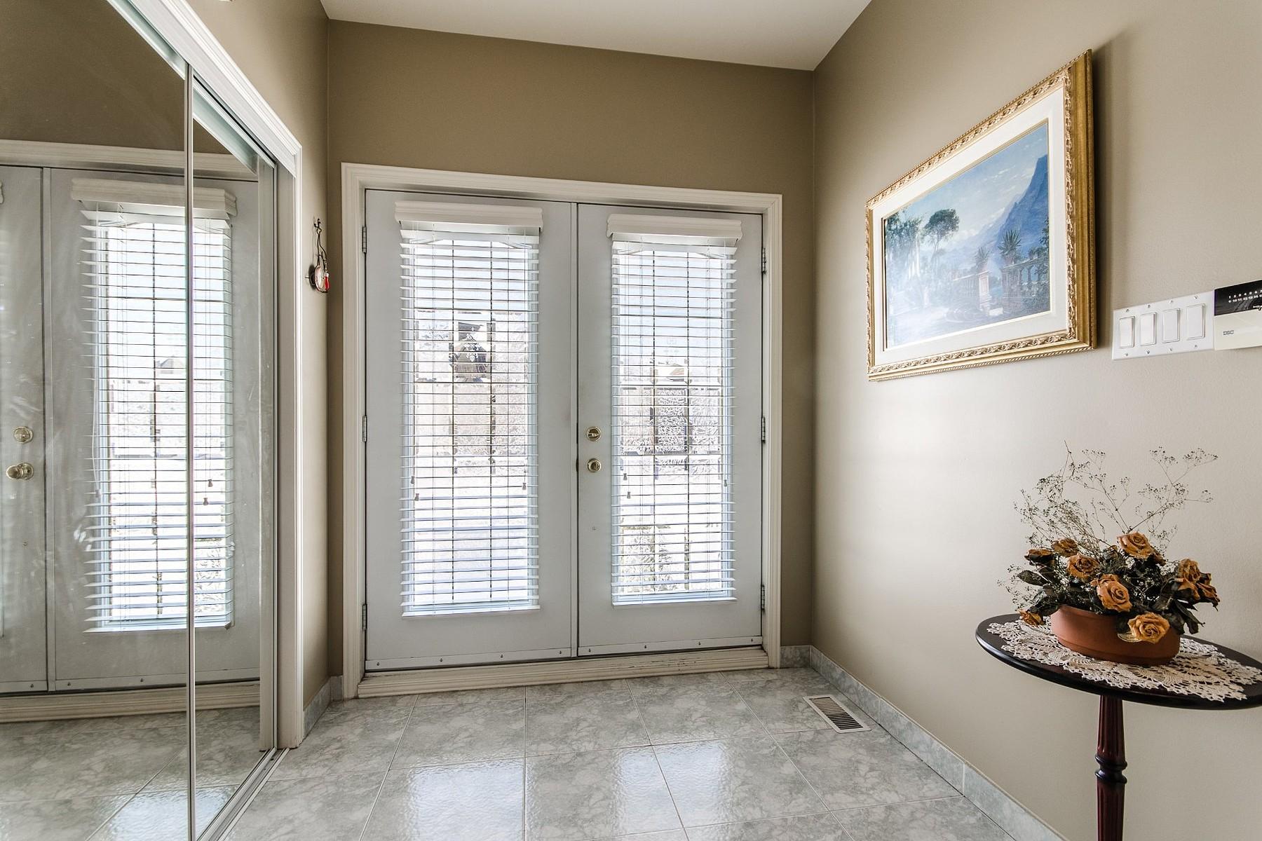 Maison unifamiliale pour l Vente à Duvernay, Laval 3903 Rue de la Princesse Duvernay, Québec, H7E5K2 Canada