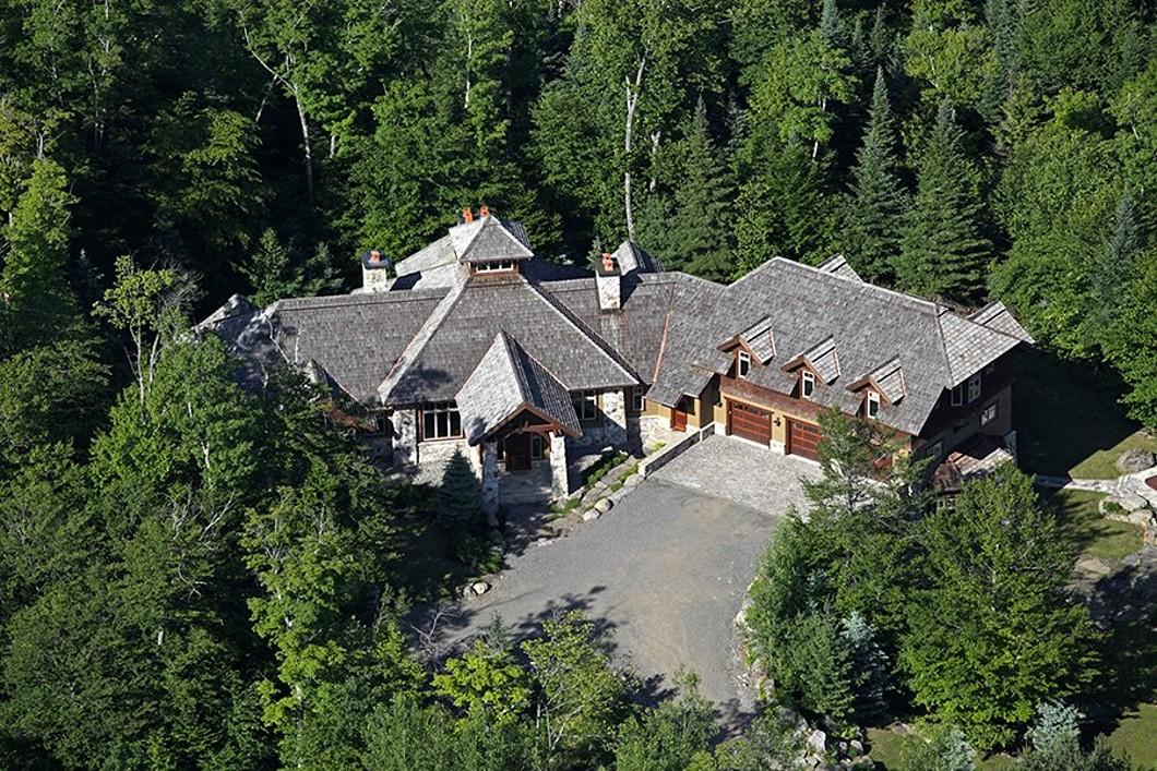 Casa Unifamiliar por un Venta en Mont-Tremblant, Laurentides 117 Ch. du Belvédère Mont-Tremblant, Quebec, J8E1T7 Canadá