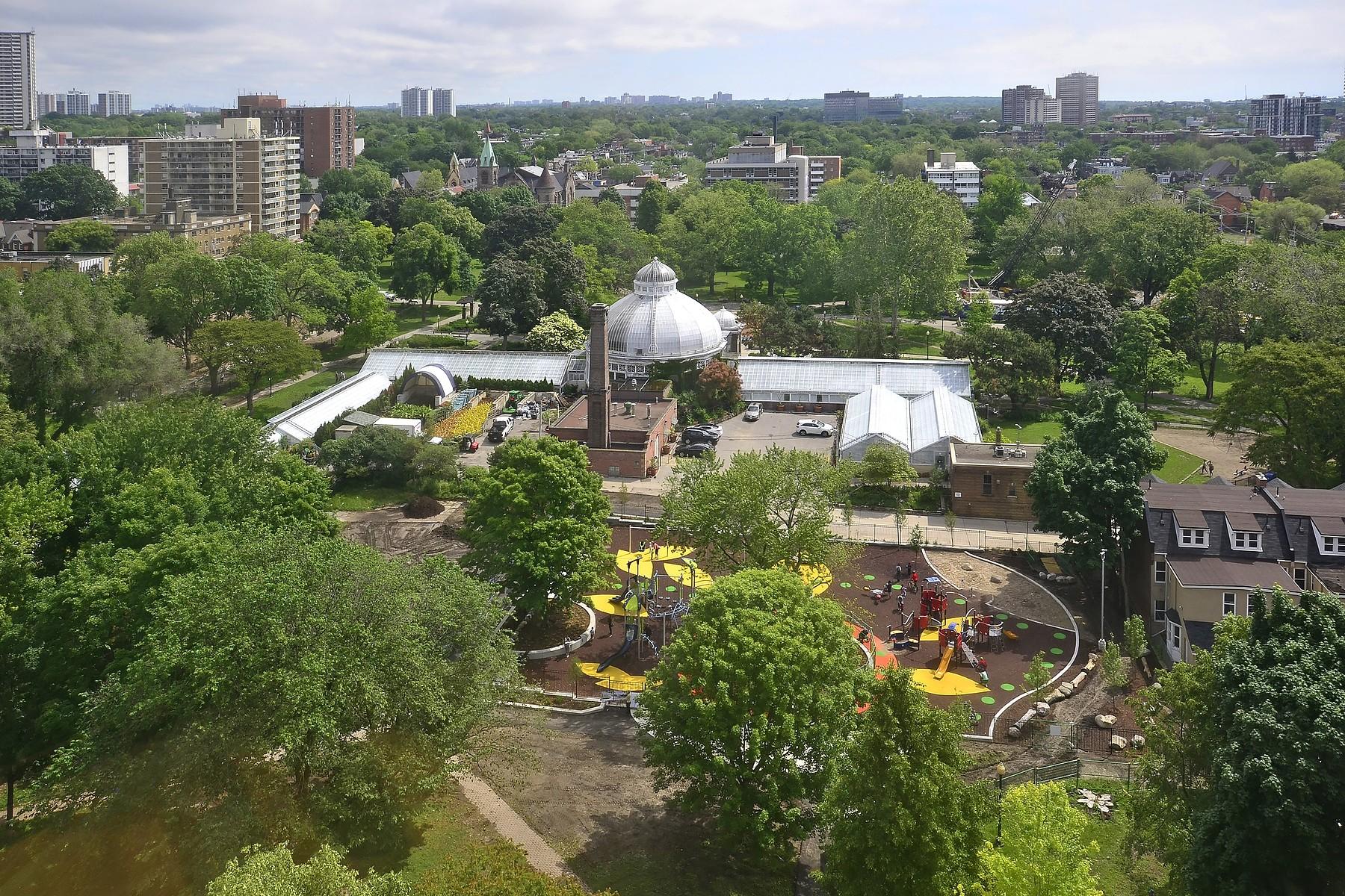 Appartement en copropriété pour l Vente à 298 Jarvis Street Suite 1605 298 Jarvis St 1605 Toronto, Ontario M5B 2M4 Canada