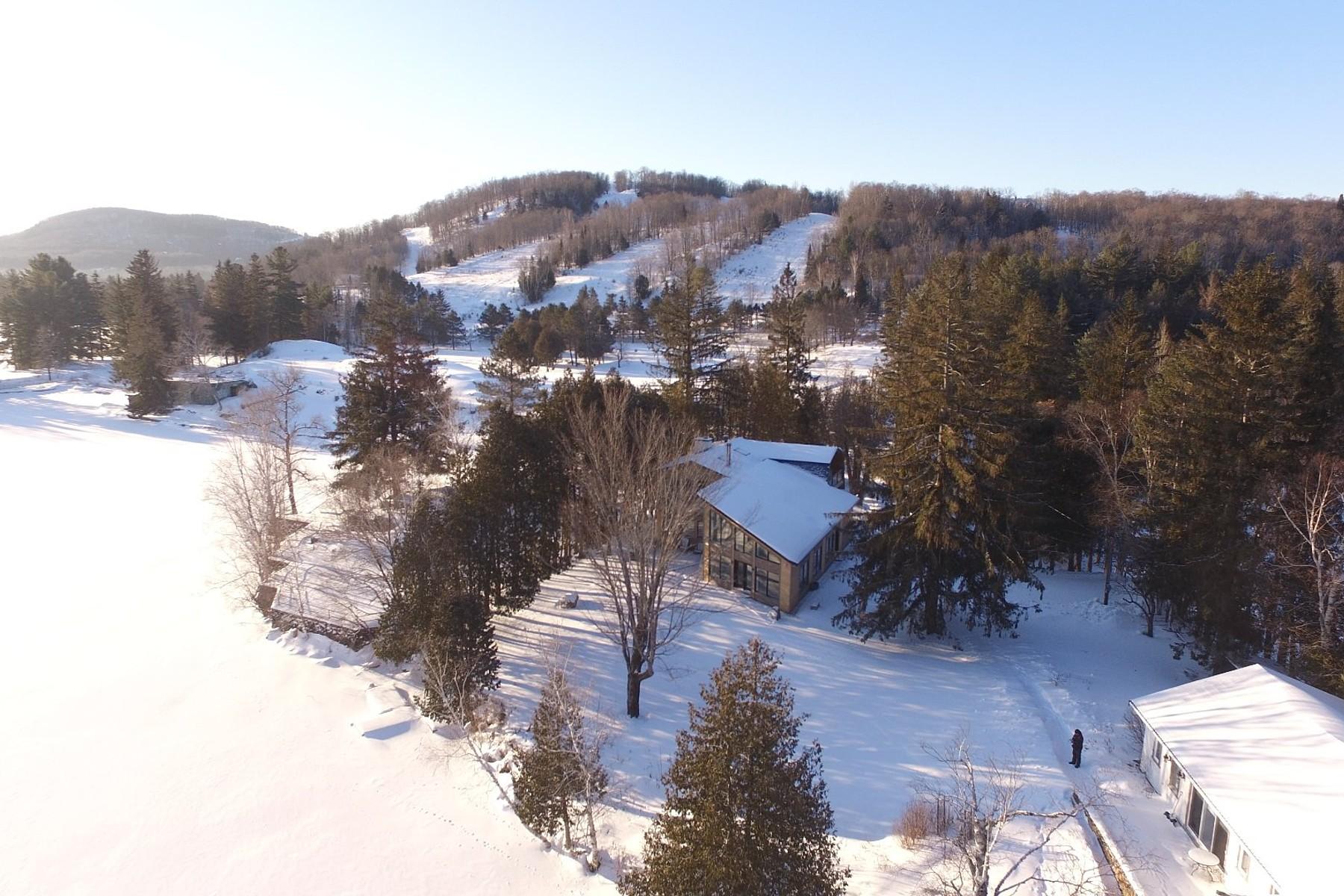 独户住宅 为 销售 在 Mont-Tremblant, Laurentides 130 Ch. Dorken 塔伯拉, 魁北克省, J8E1Y2 加拿大