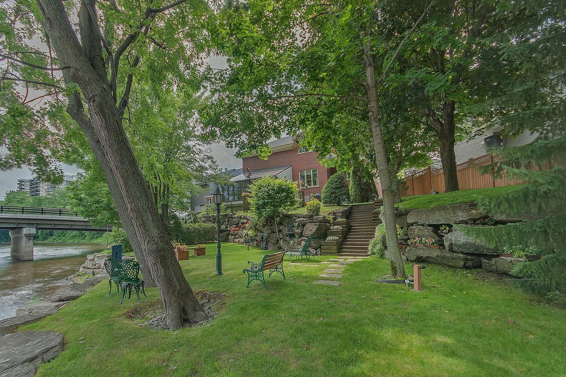 Casa para uma família para Venda às Chomedey, Laval 4661 Crois. des Îles Chomedey, Quebec, H7W5J2 Canadá