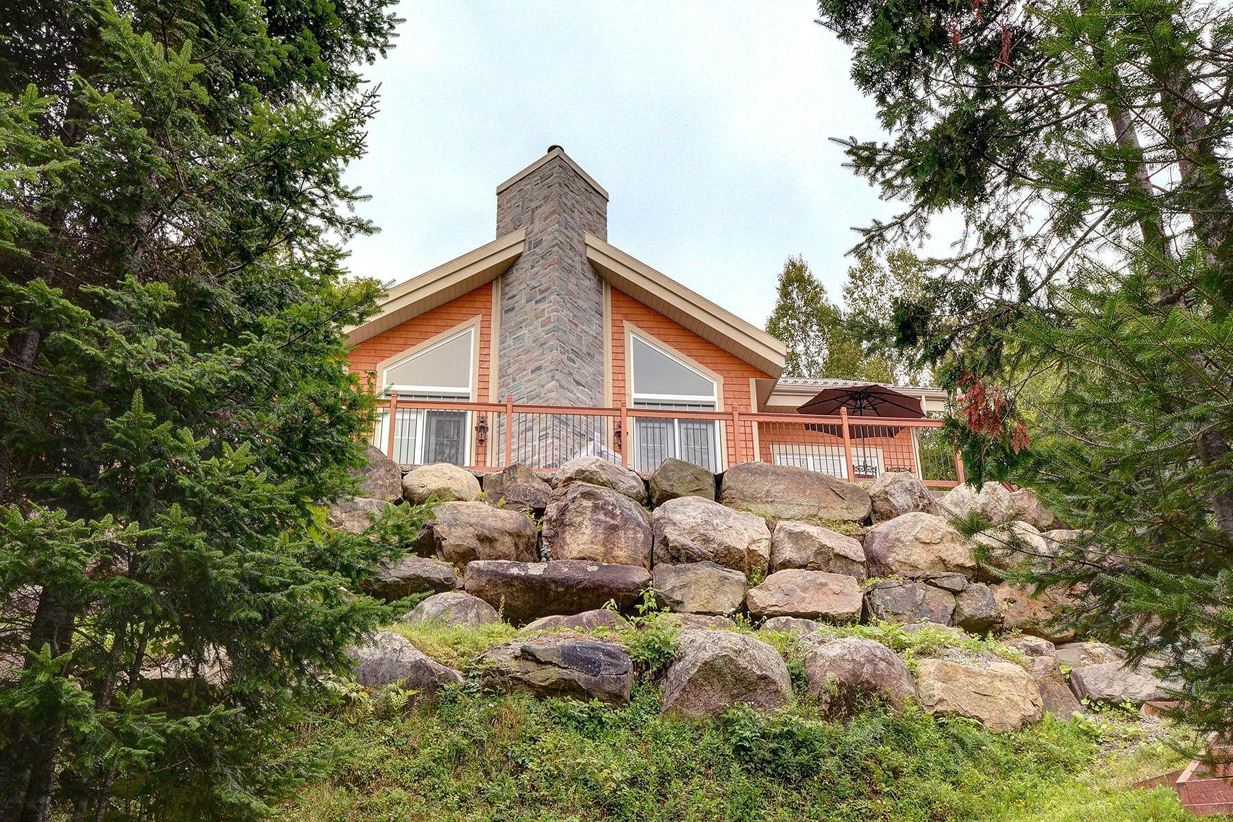 Property For Sale at La Minerve, Laurentides