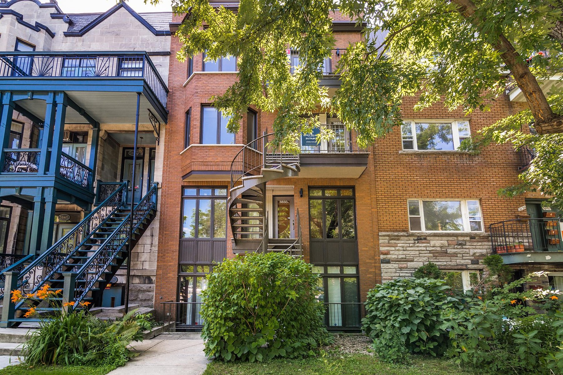 Single Family Home for Sale at On the Park Lafontaine 3852 Av. du Parc-La Fontaine Montreal, Quebec H2L3M6 Canada