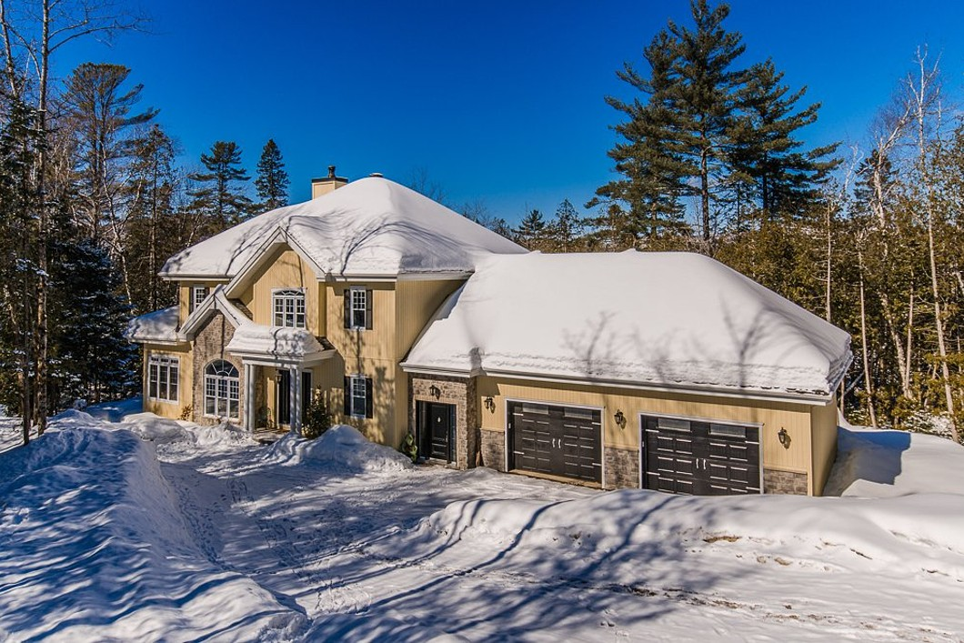 Property For Sale at Sainte-Adèle, Laurentides