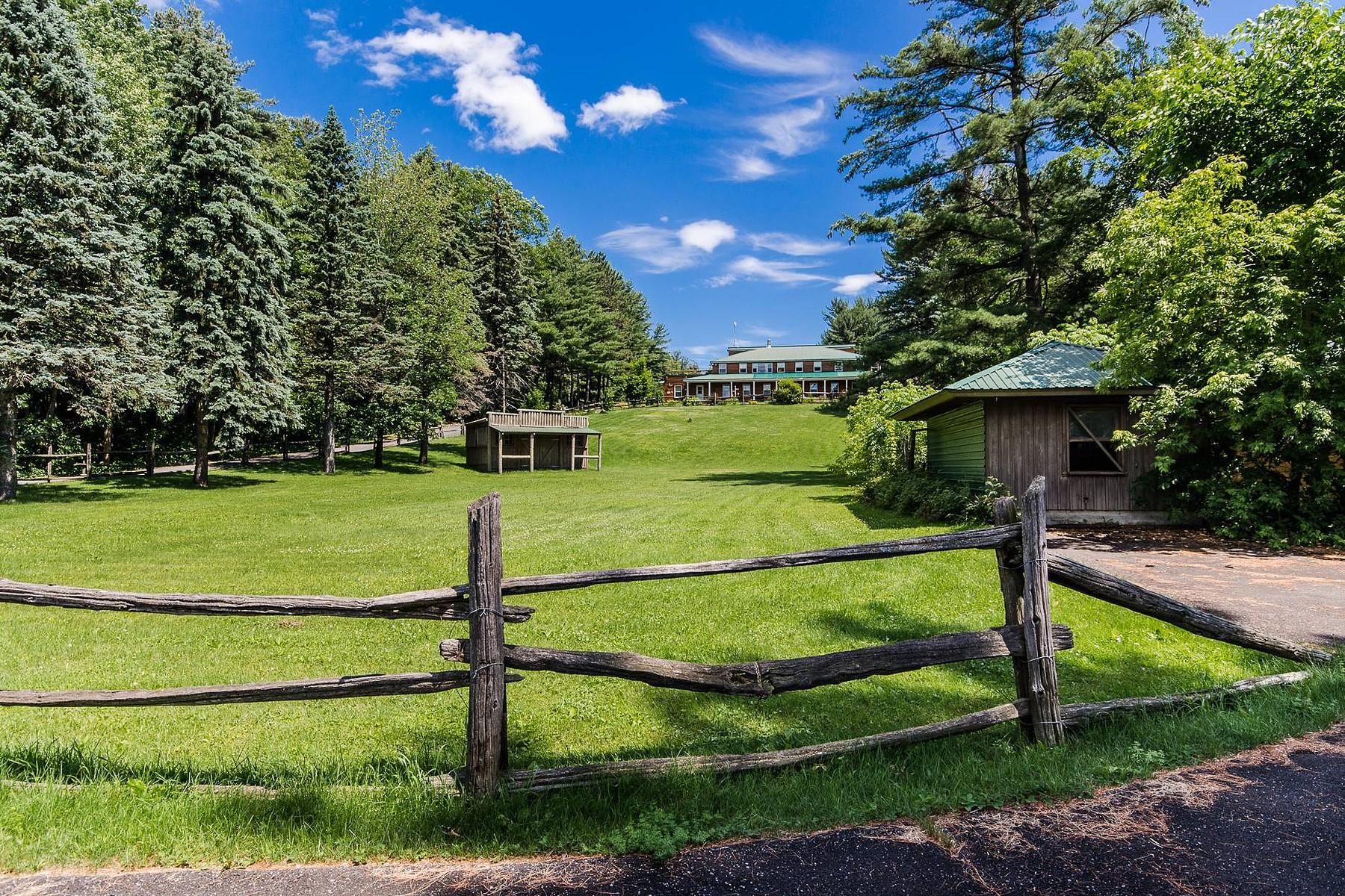 獨棟家庭住宅 為 出售 在 Contrecoeur, Montérégie 8845 Route Marie-Victorin Contrecoeur, 魁北克省, J0L1C0 加拿大