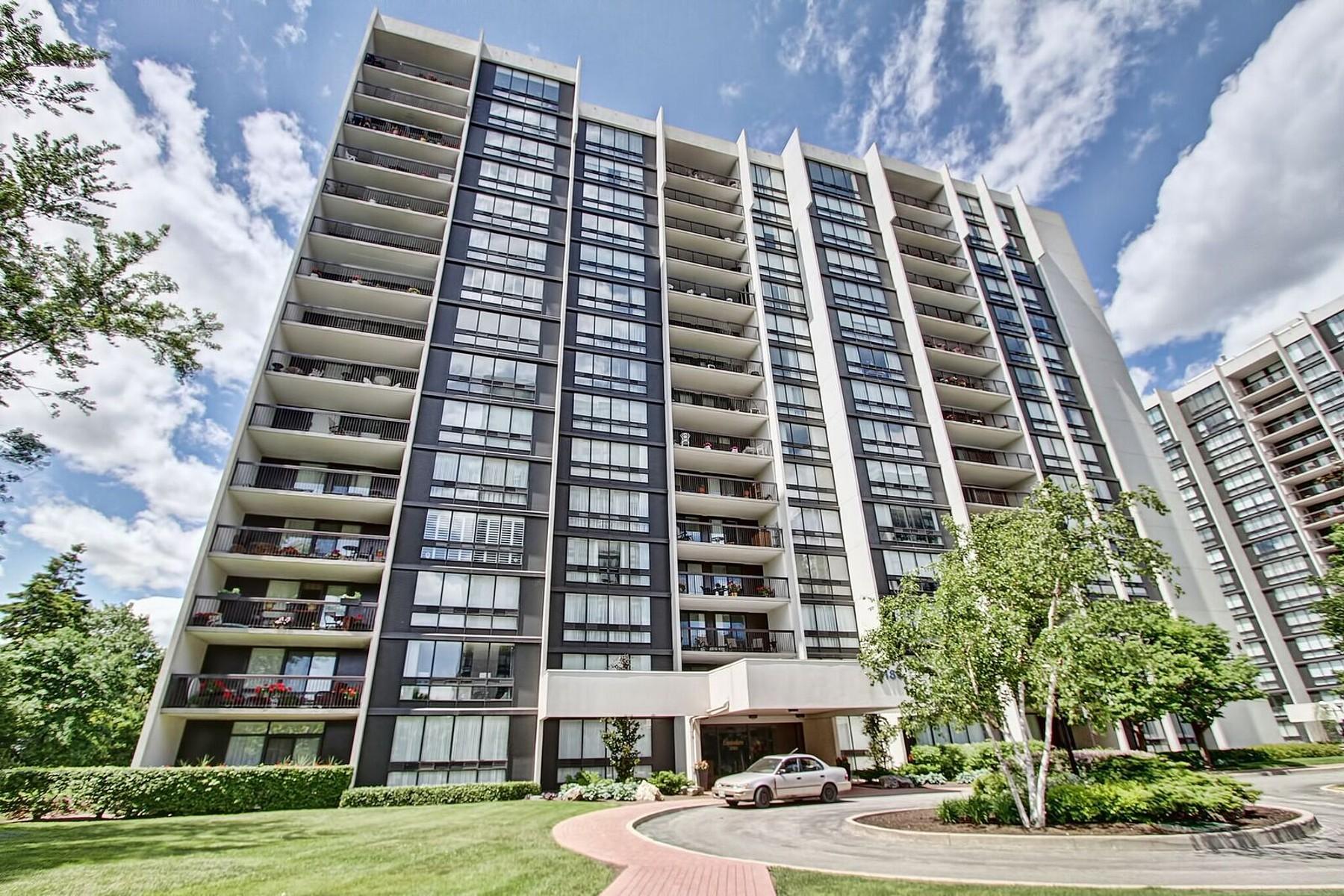 Кооперативная квартира для того Продажа на Ennisclare On The Lake 2185 Marine Dr Oakville, Онтарио, L5L6L6 Канада