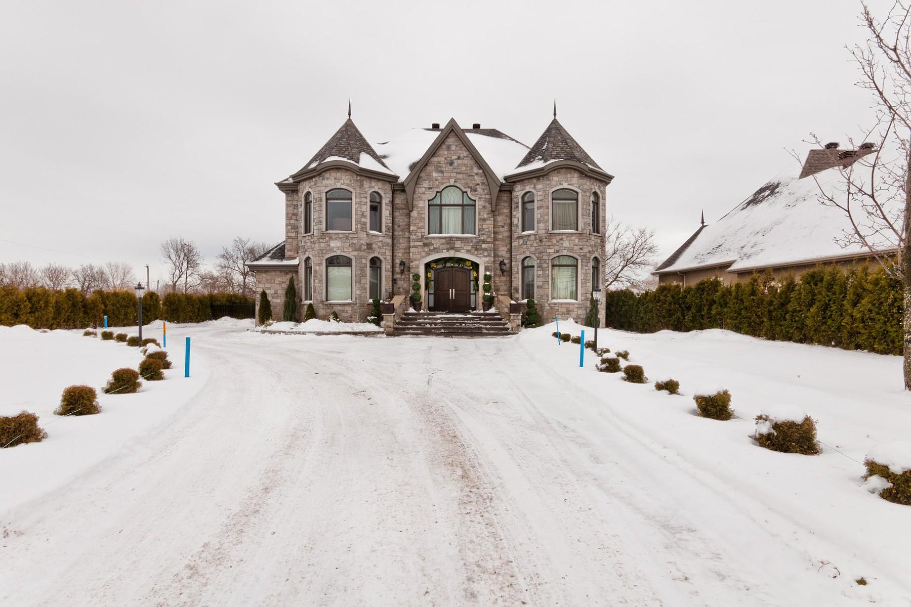 Các loại nhà khác vì Bán tại Le Gardeur (Repentigny), Lanaudière 32 Boul. Lacombe Le Gardeur, Quebec J5Z1R4 Canada