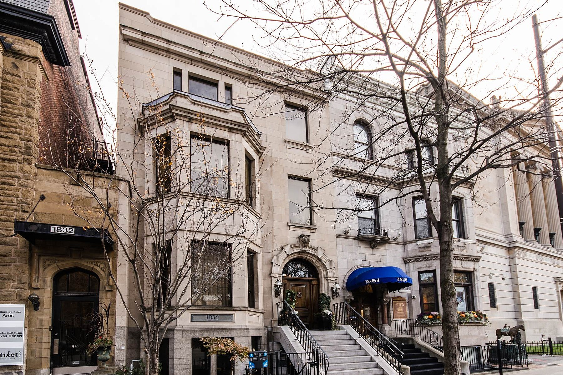 Single Family Home for Sale at Ville-Marie (Montréal), Montréal 1836 Rue Sherbrooke O. Montreal, Quebec H3H1E4 Canada