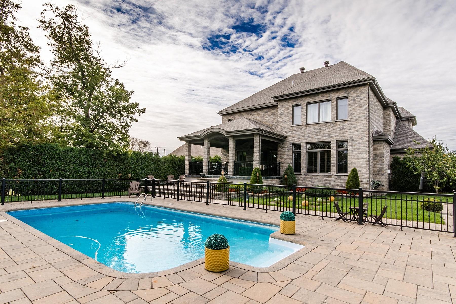 단독 가정 주택 용 매매 에 Le Gardeur (Repentigny), Lanaudière 32 Boul. Lacombe Le Gardeur, 퀘벡주, J5Z1R4 캐나다