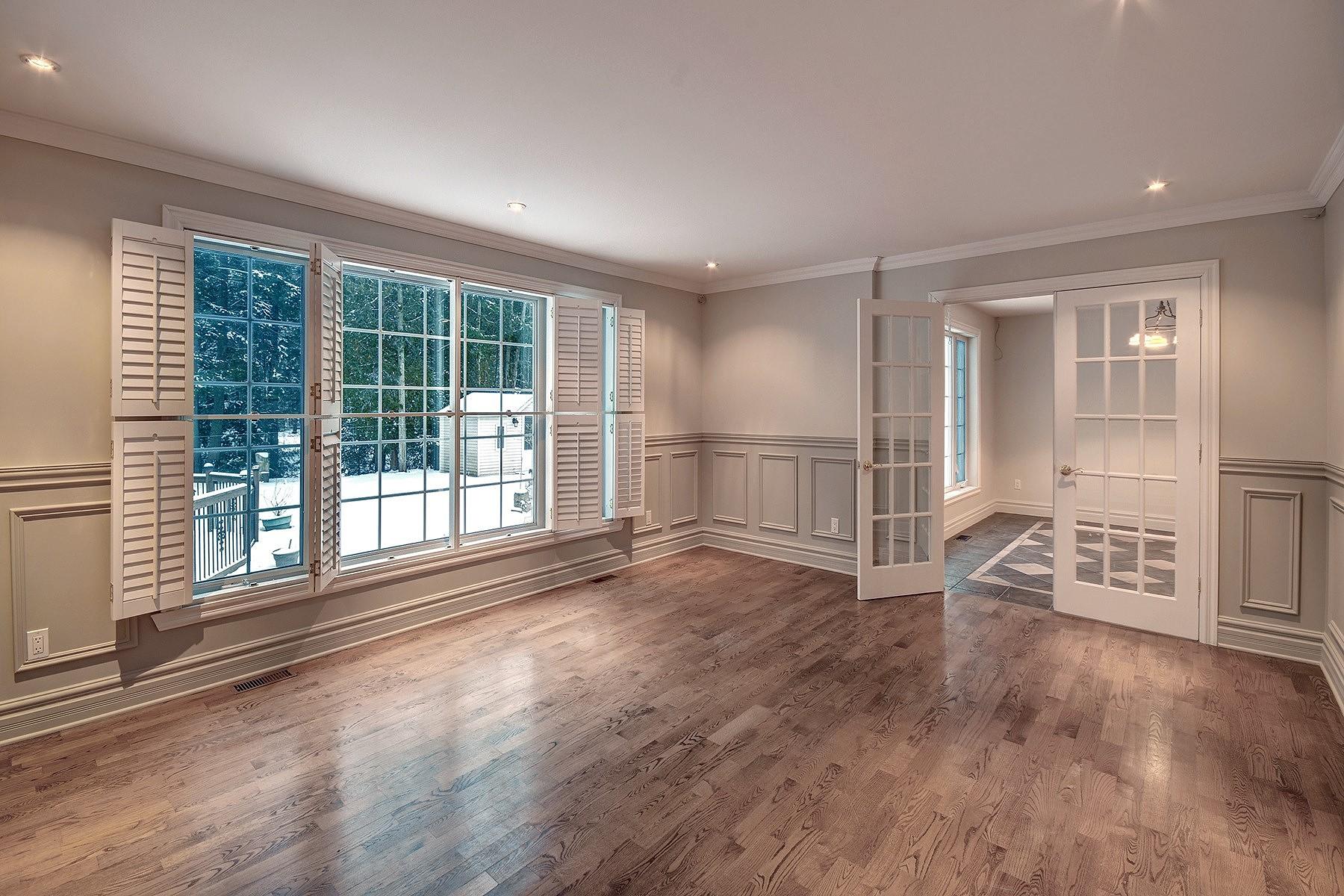 Additional photo for property listing at Blainville, Laurentides 82 Rue des Tournois Blainville, Quebec J7C4Y4 Canada