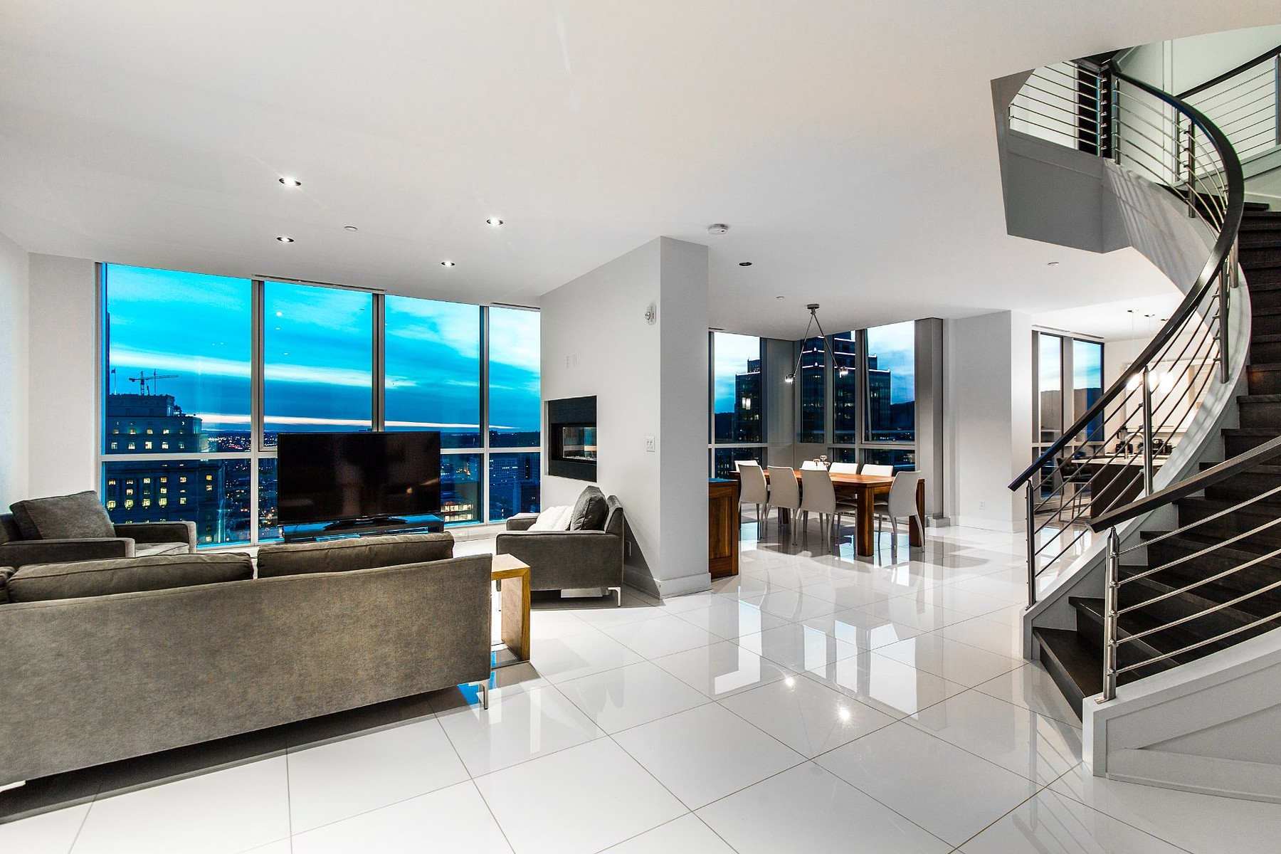 Property For Sale at Spectacular Penthouse