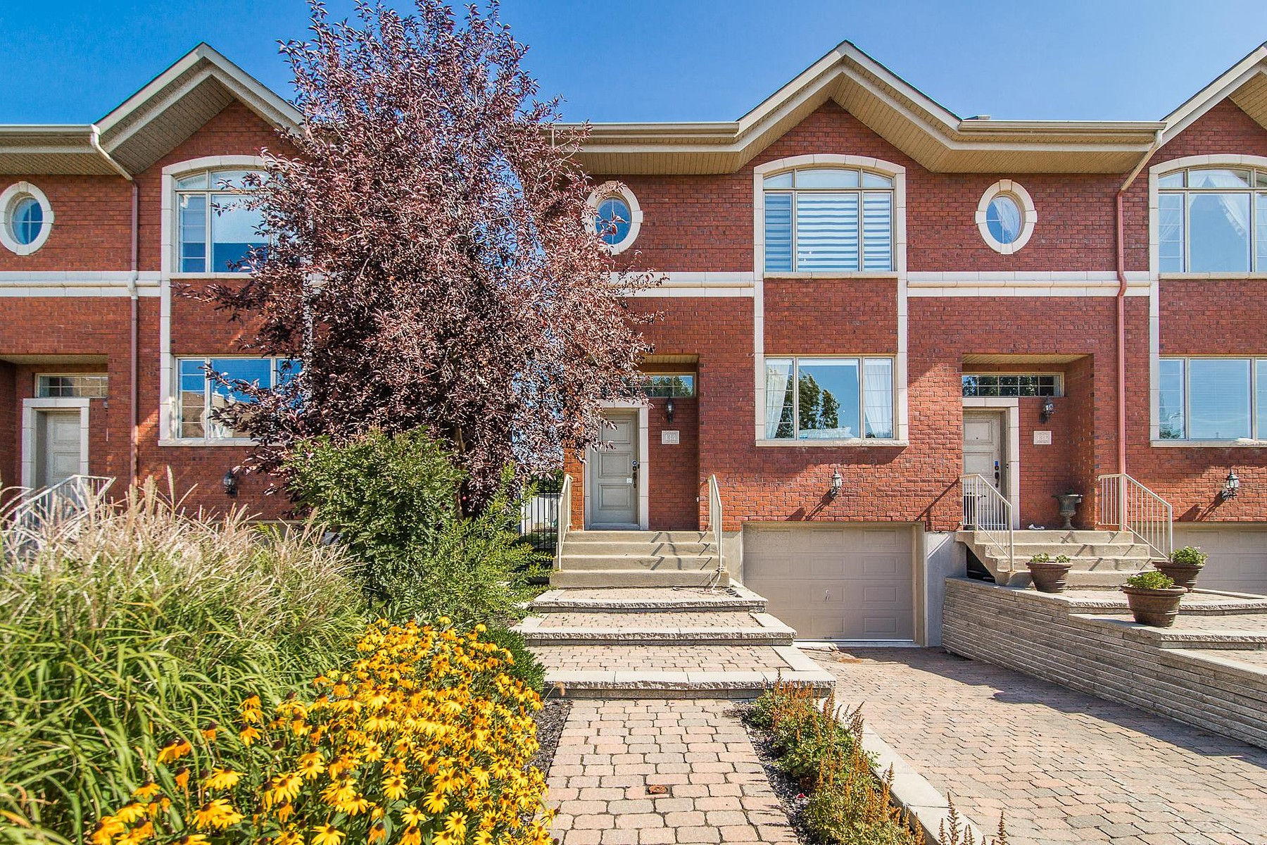 Villa per Vendita alle ore Saint-Lambert, Montérégie 134 Crois. Achin Saint-Lambert, Quebec J4R2V1 Canada