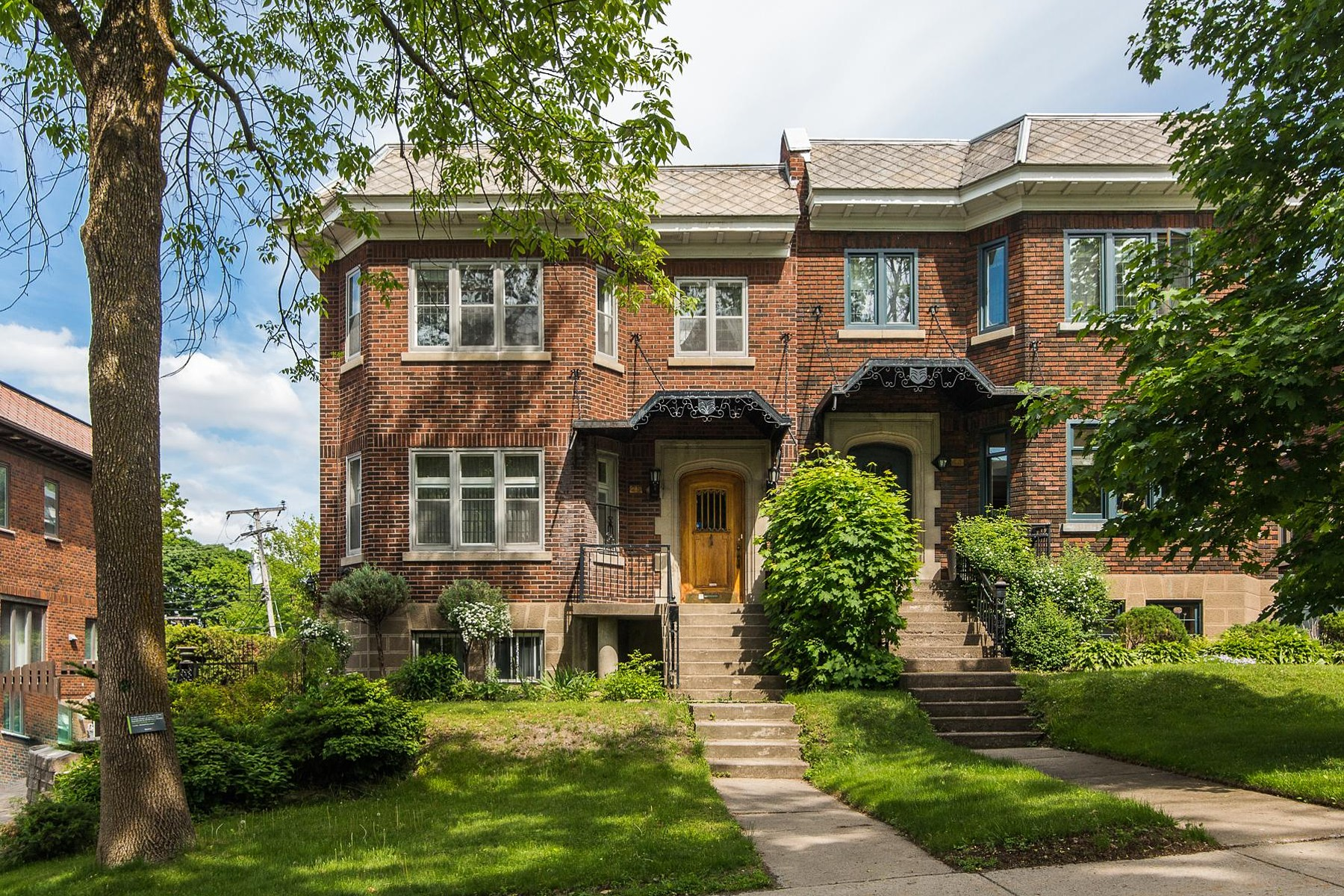Single Family Home for Sale at Outremont (Montréal), Montréal 25 Av. Springgrove Outremont, Quebec, H2V3J1 Canada