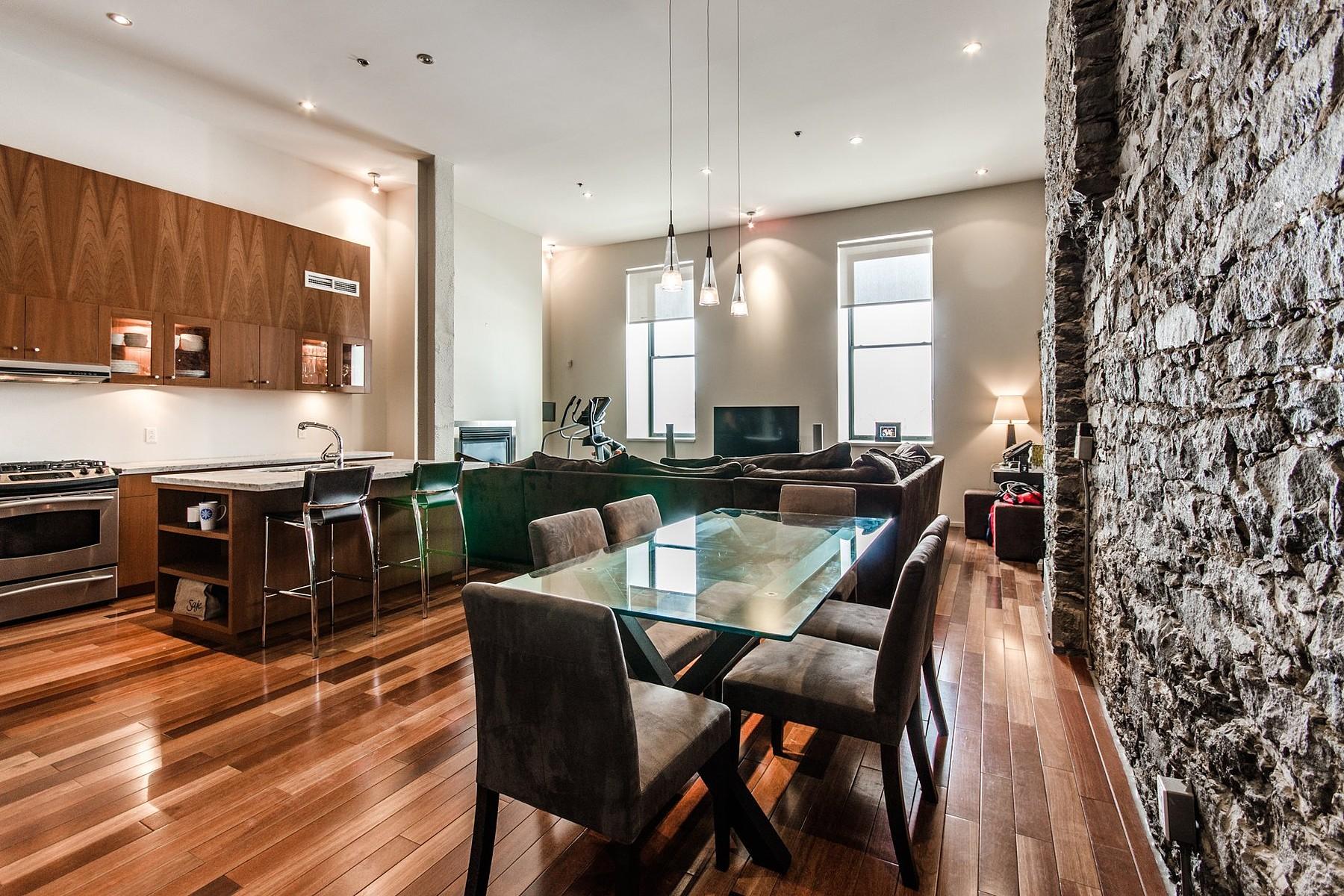 Частный односемейный дом для того Продажа на Ville-Marie (Montréal), Montréal 64 Rue St-Paul O., Apt. 107 Montreal, Квебек H2Y4B8 Канада