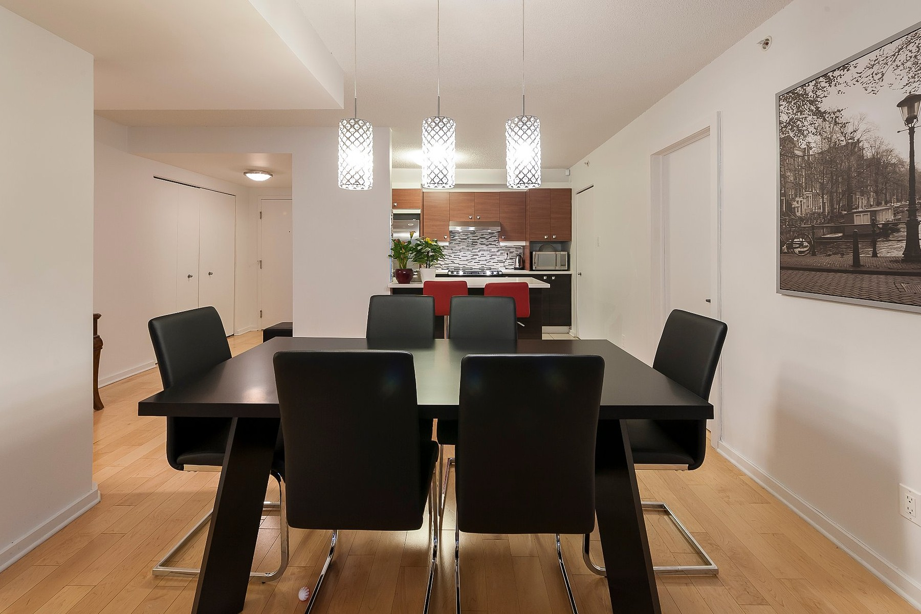 Additional photo for property listing at Côte-des-Neiges  Notre-Dame-de-Grâce, Montréal 4950 Rue de la Savane, Apt. 104 Cote Des Neiges Notre Dame De Grace, 魁北克省 H4P1T7 加拿大