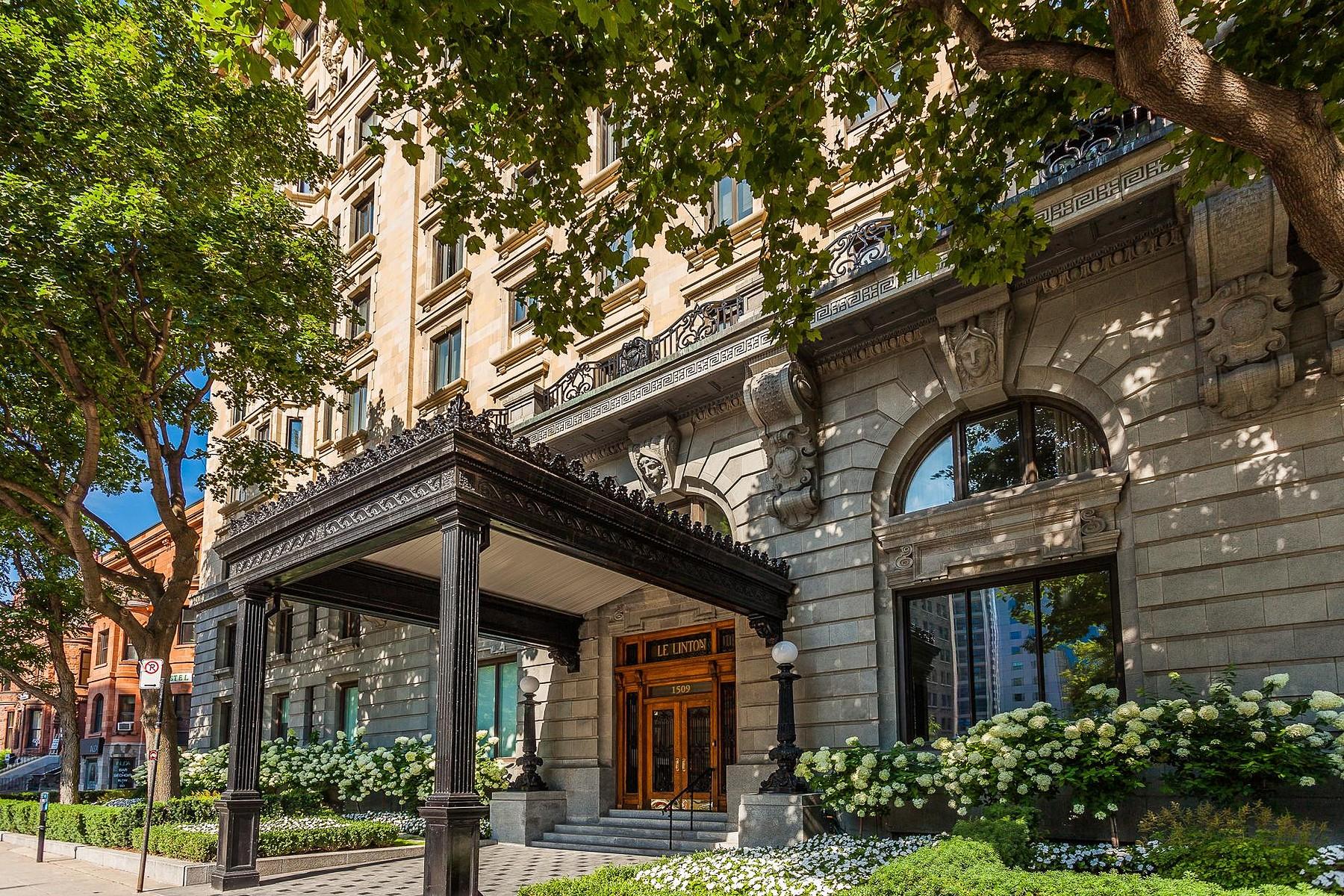 Частный односемейный дом для того Продажа на Exquisite 3-Bdrm The Linton 1509 Rue Sherbrooke O., Apt. 78 Montreal, Квебек H3G1M1 Канада