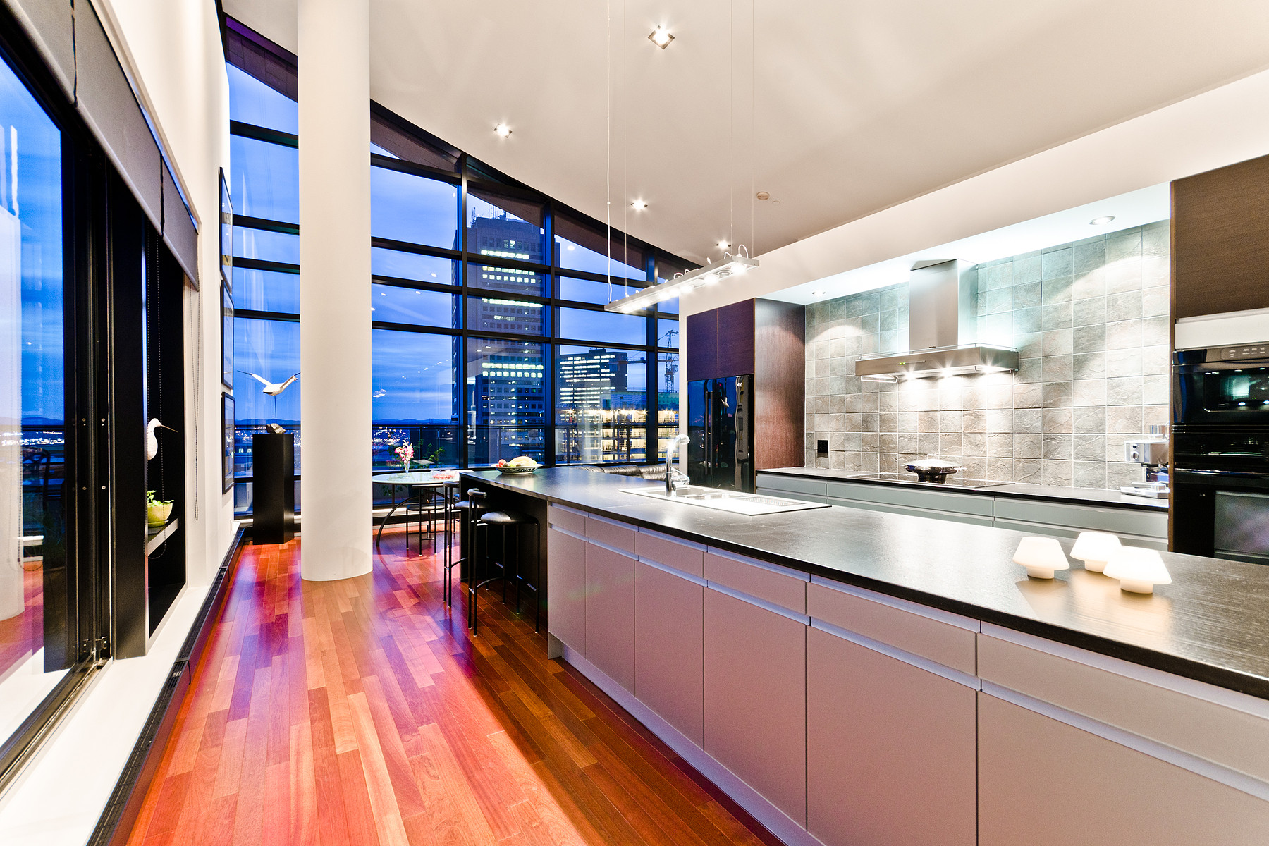 Condominium for Sale at George V Ultime Penthouse PH-1001 650, avenue Wilfrid-Laurier Quebec, Quebec G1R2L4 Canada